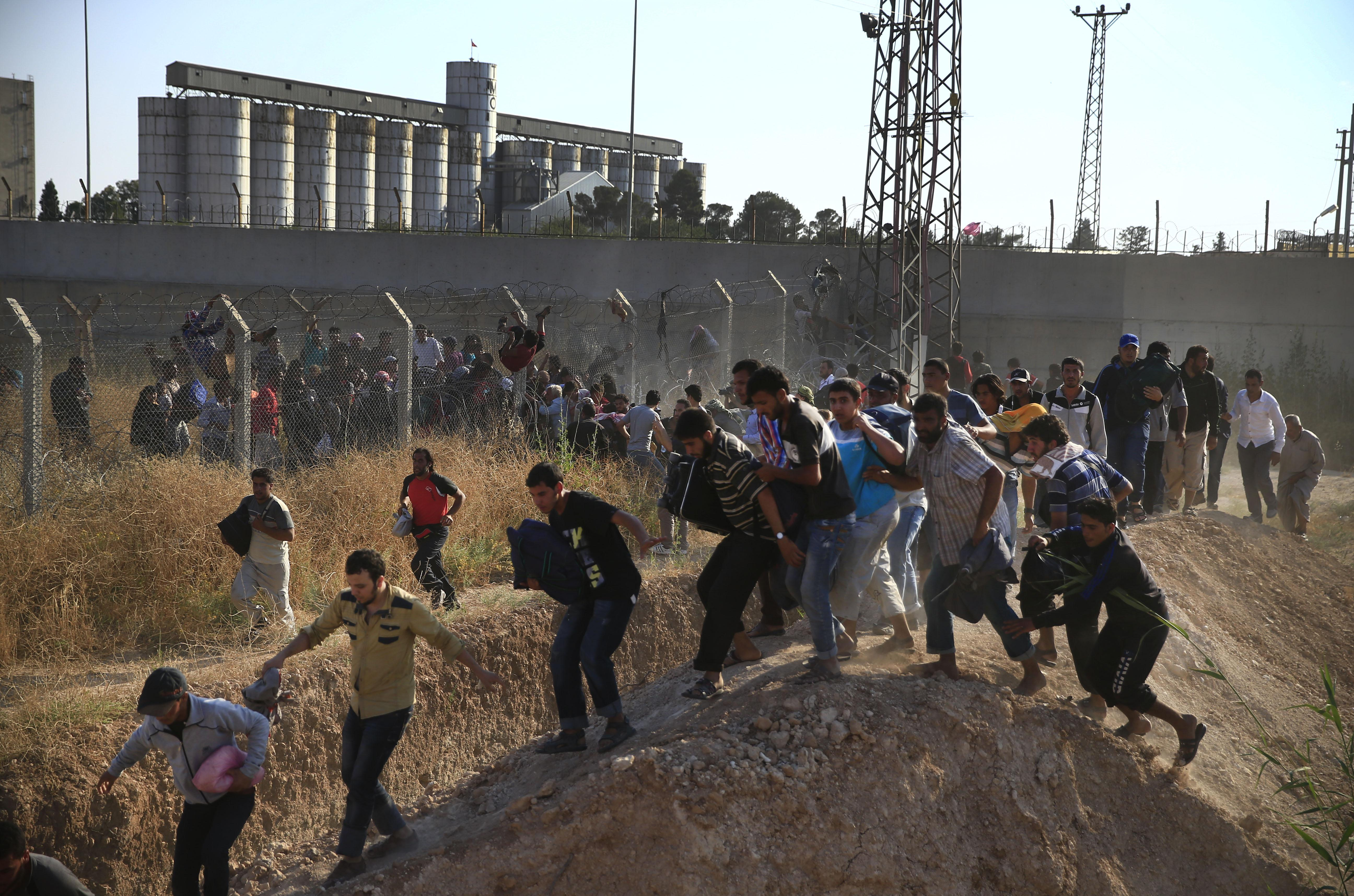 how to help syrian refugees in turkey