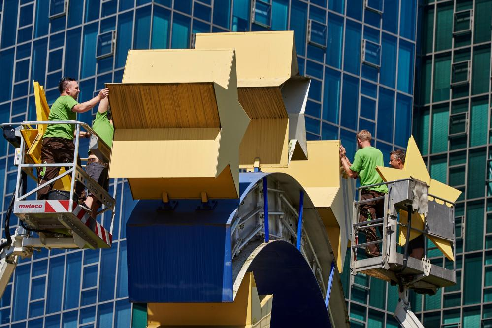 "Euro symbol in Willy Brandt Square, on the first day of its restoration.<br />06 Jul 2015, Frankfurt, Germany — Workers toil on the euro symbol in Willy Brandt Square, Frankfurt, Germany, 06 July 2015, during the first day of its restoration. The euro symbol will go through a four days restoration, starting on the day after Greece have voted 'No' to the EU, the ECB and the IMF policies, generating uncertainties on the monetary sign future. — Image by © Horacio Villalobos/Corbis"" width=""1000″ height=""667″ class=""gu-image"" /> </figure> </p></div> <p class="