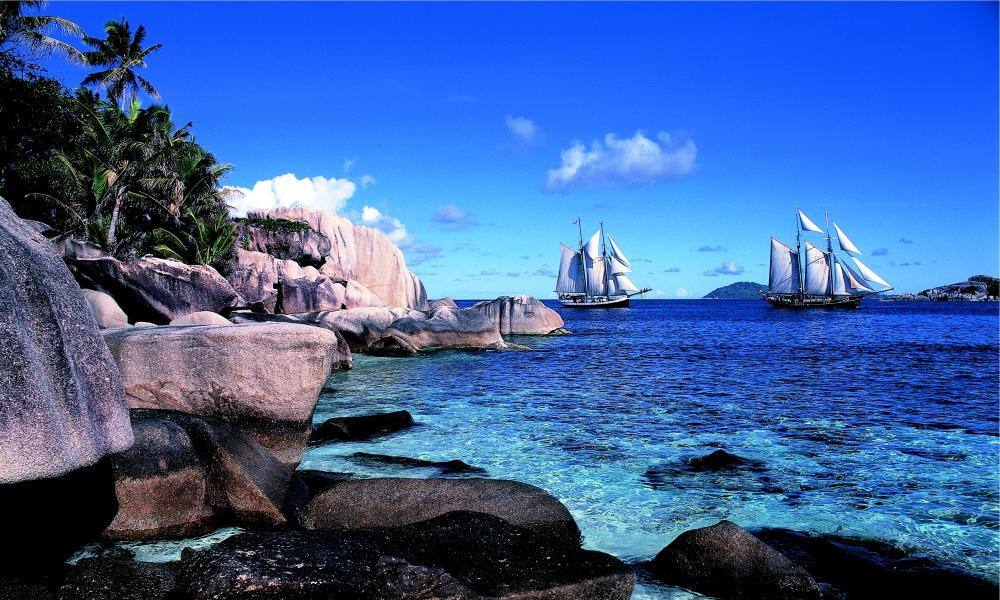 A schooner cruise in the Seychelles