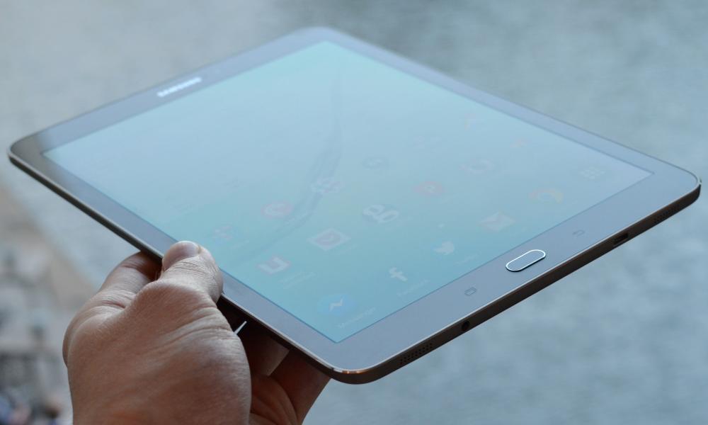 Athbhreithniú Samsung Réaltra Tab S2