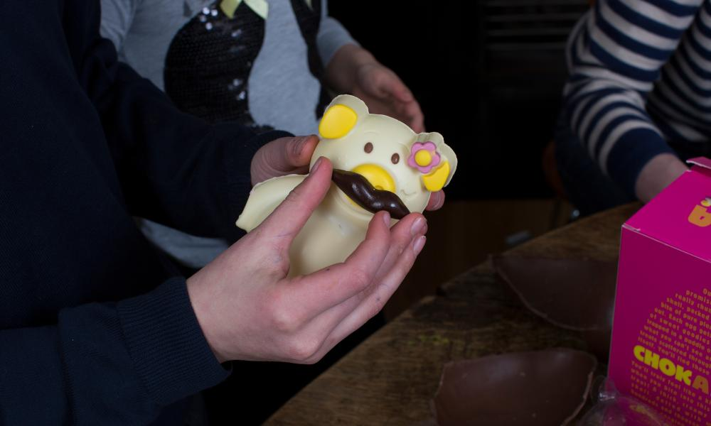 Penny Pig with Egg Head's moustache.