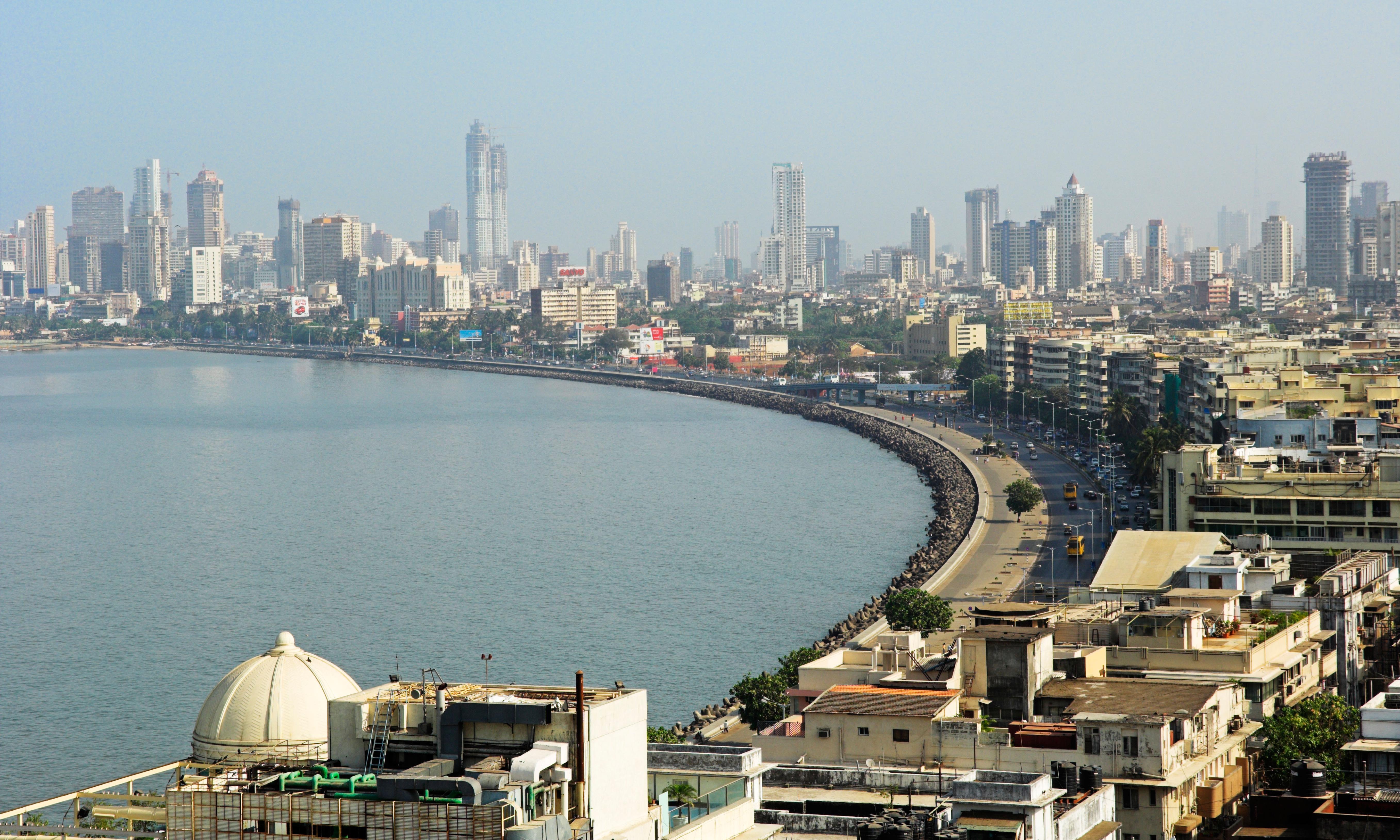 25 people die of alcohol poisoning in Mumbai