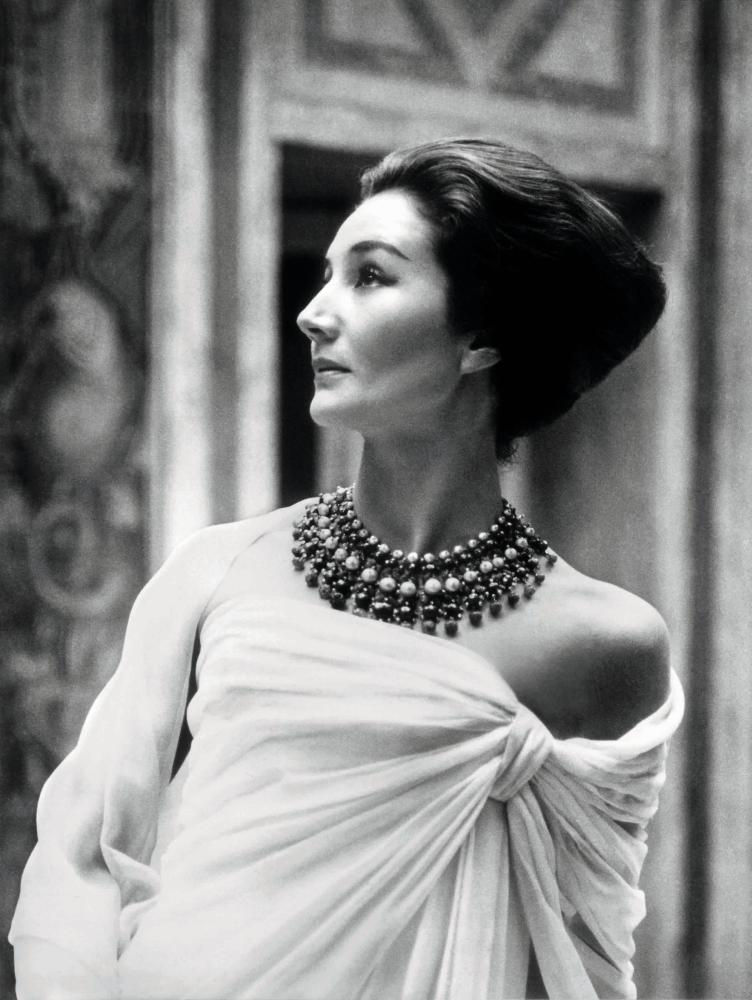 Jacqueline de Ribes by Roloff Beny, 1959.