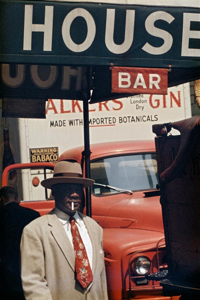 Harlem, 1960 by Saul Leiter