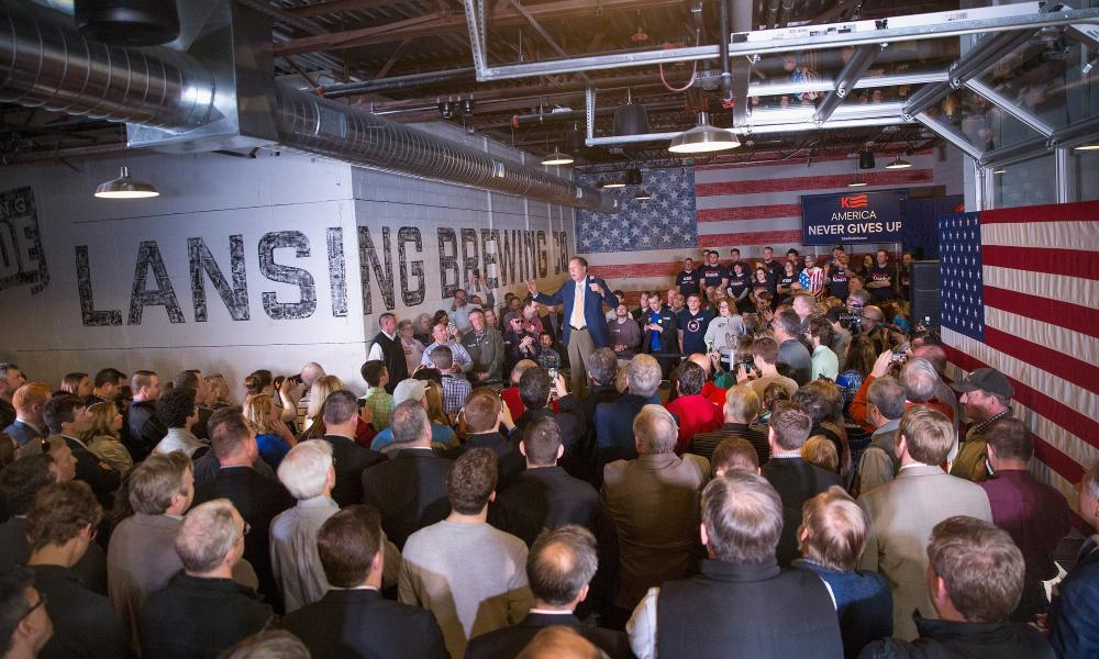 Michigan makes beer. Kasich at the Lansing Brewing Company, named for its town, on Tuesday.