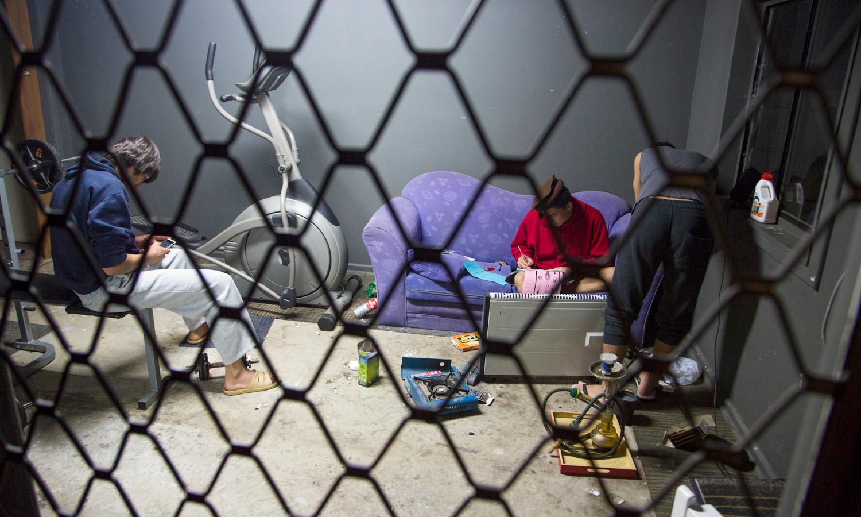 australias treatment of asylum seekers essay