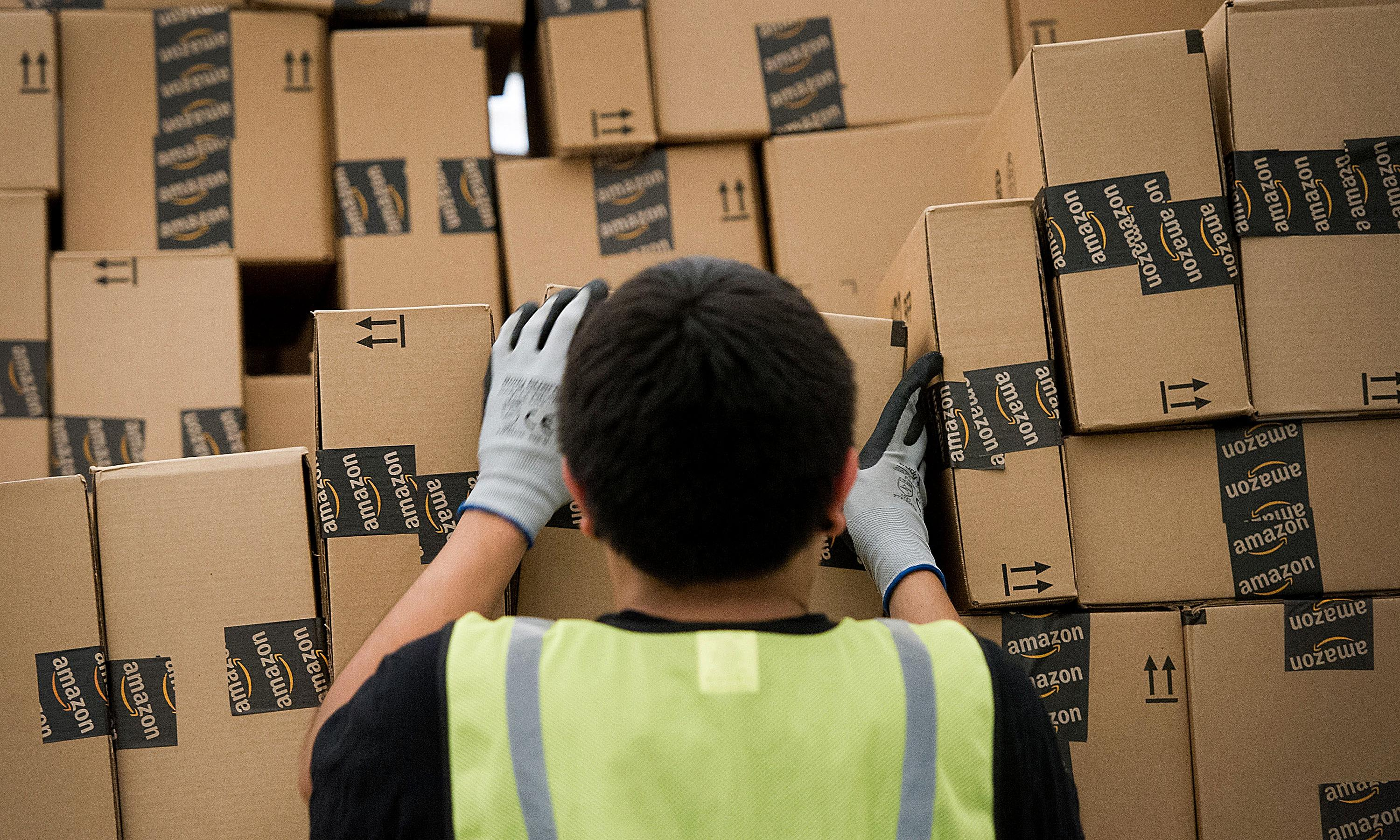 Amazon wants to turn your neighbor into your deliveryman