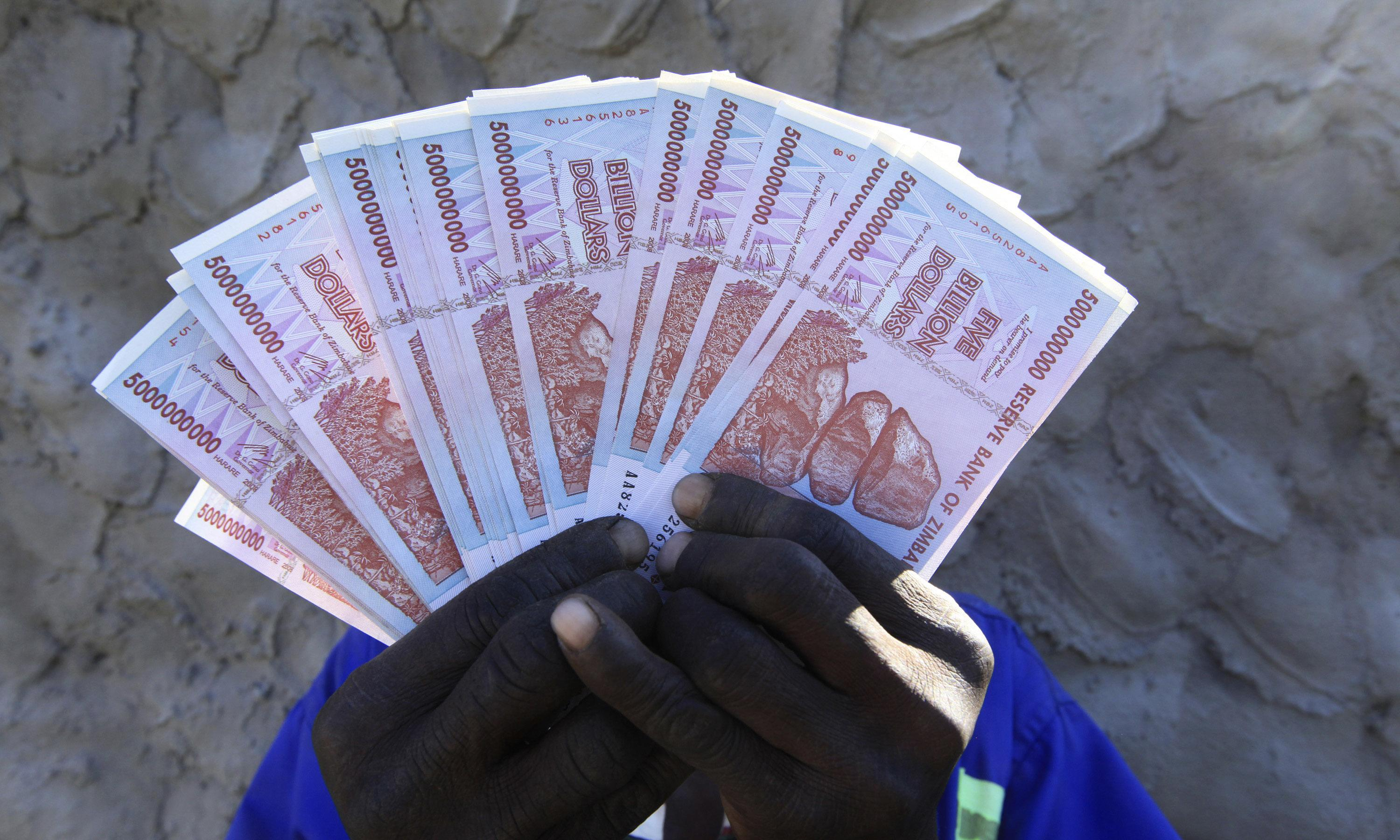 Zimbabweans get chance to swap 'quadrillions' for a few US dollars