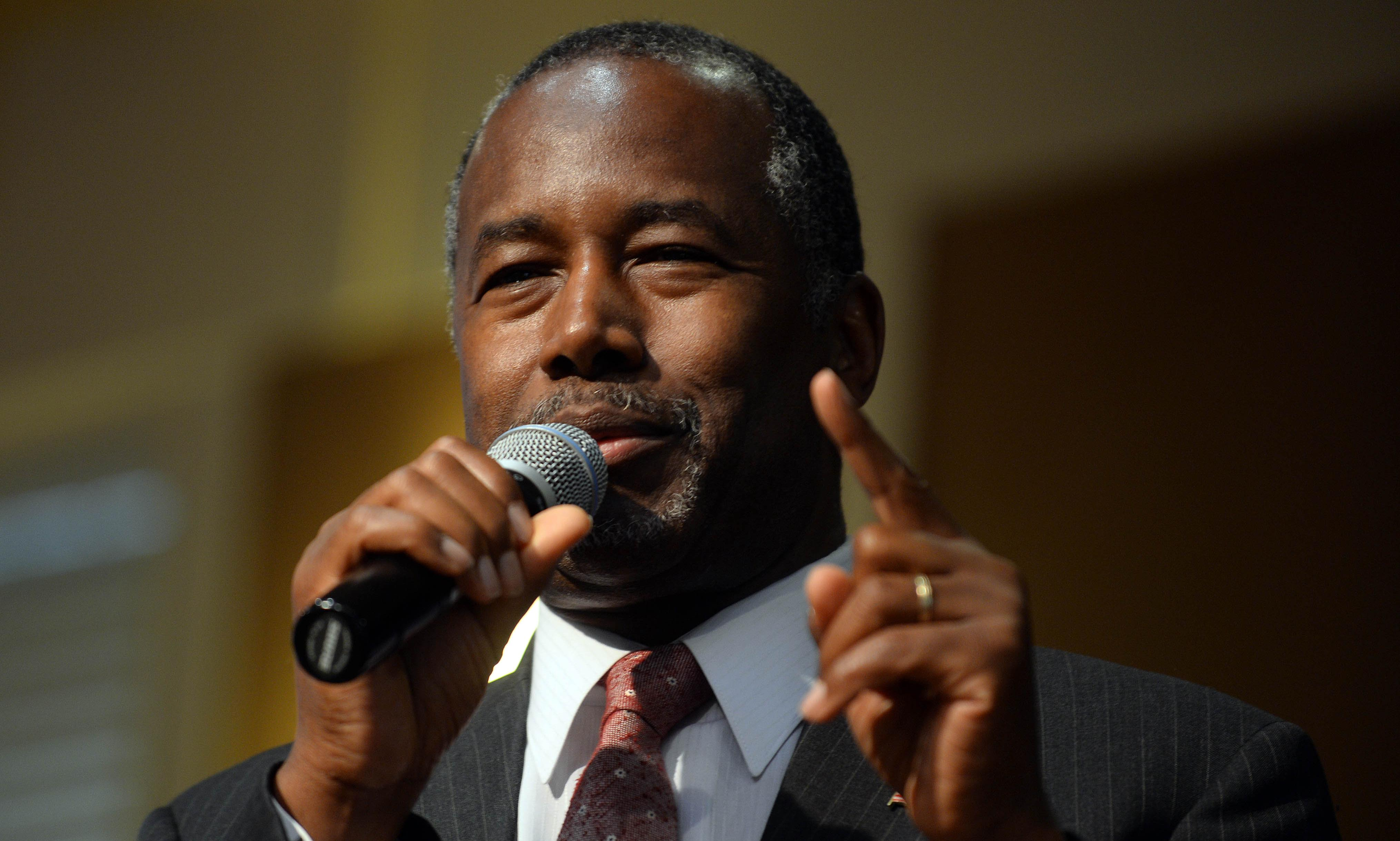 Ben Carson claims Jewish people might have stopped Holocaust if they had guns