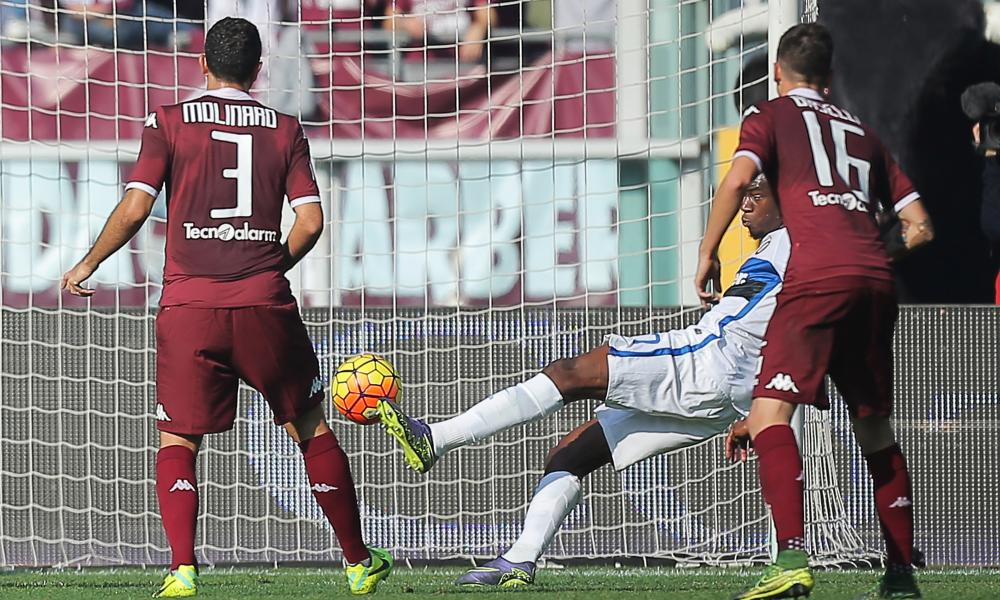 Geoffrey Kondogbia opens the scoring with his first Internazionale goal.