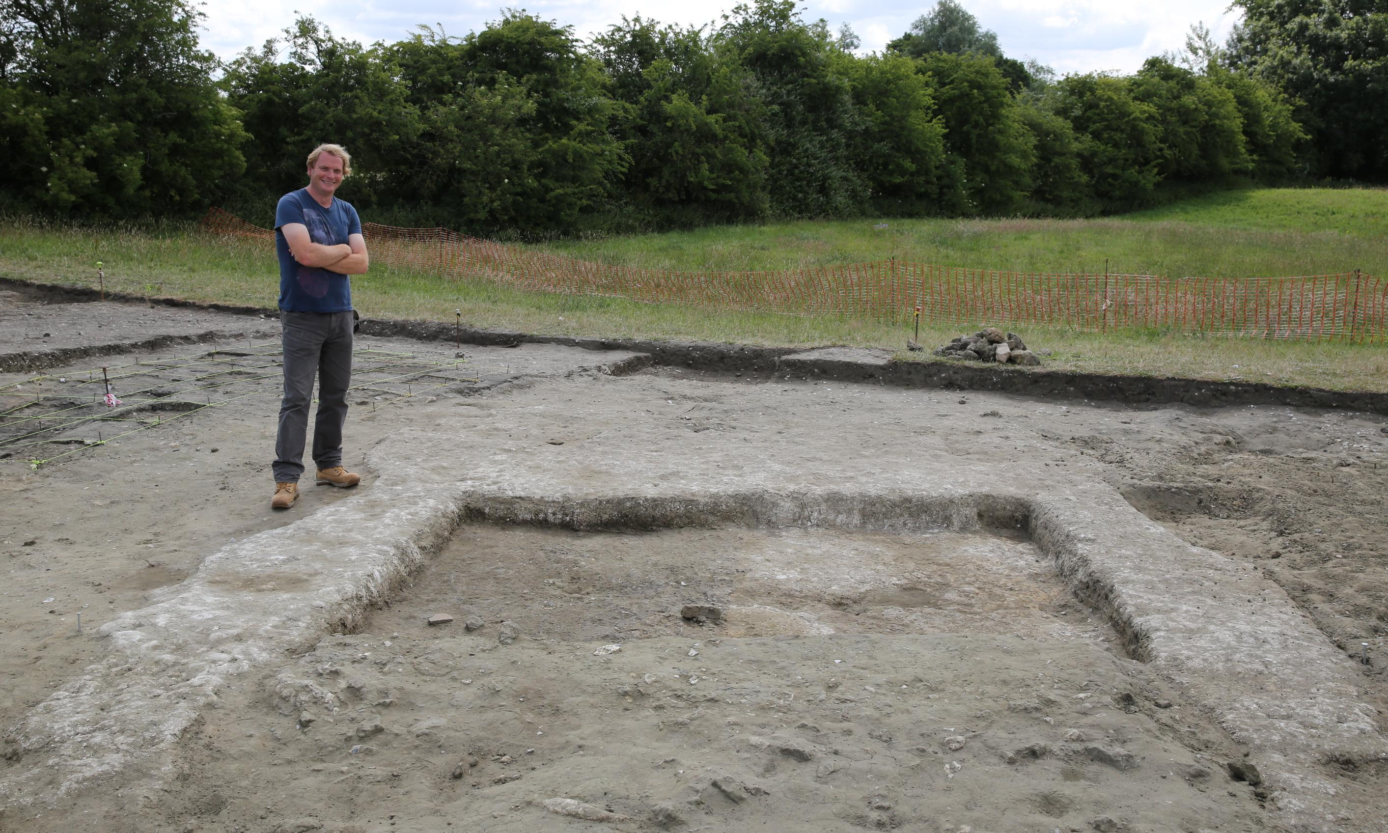 Wiltshire house rivalled Stonehenge as a hub for ancient Britons