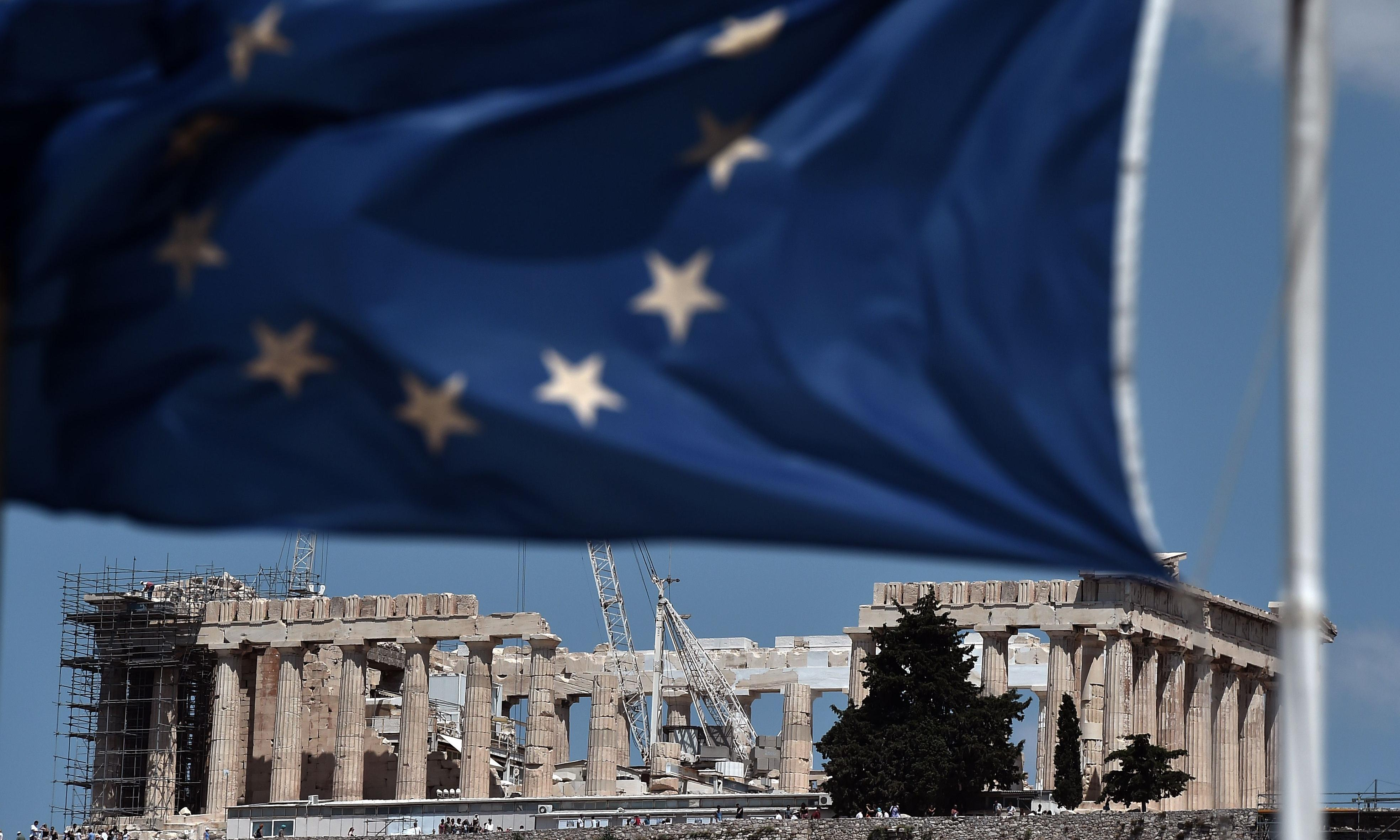 Greece given days to agree bailout deal or face banking collapse and euro exit