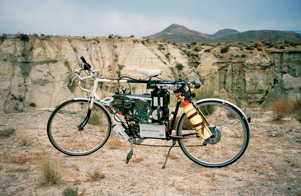 Tabernas Desert Run, 2004 by Simon Starling
