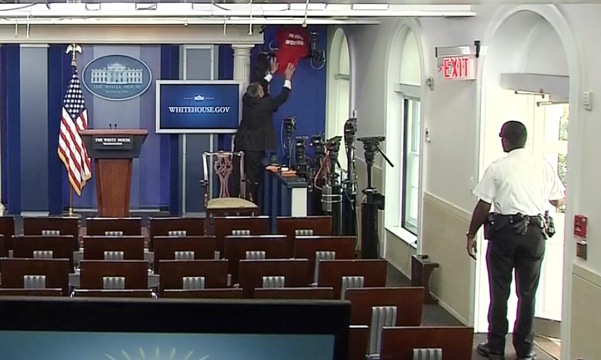 Who Are The Reporters In The White House Press Room
