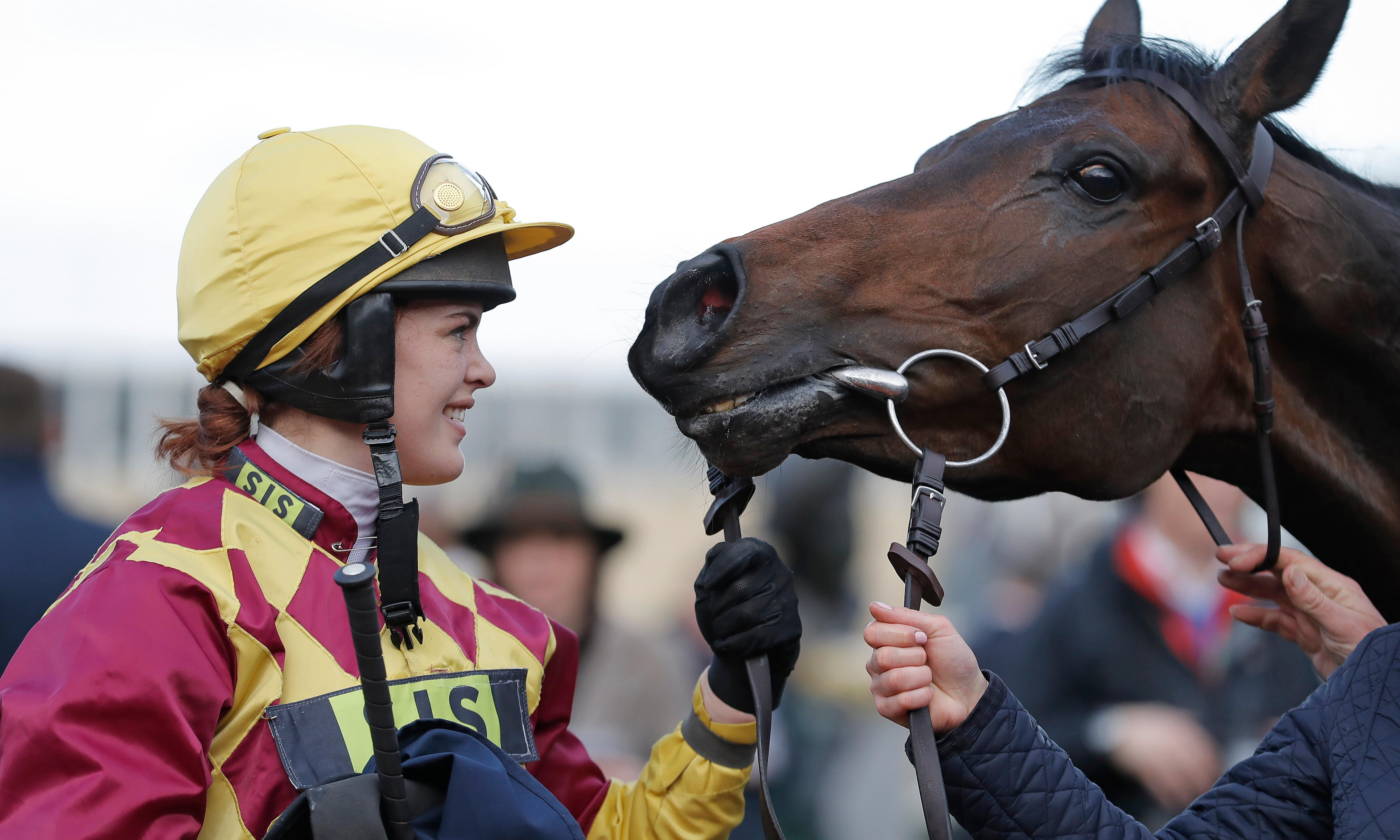 Lizzie Kelly aims at Aintree with Tea For Two, her 'horse of a lifetime'