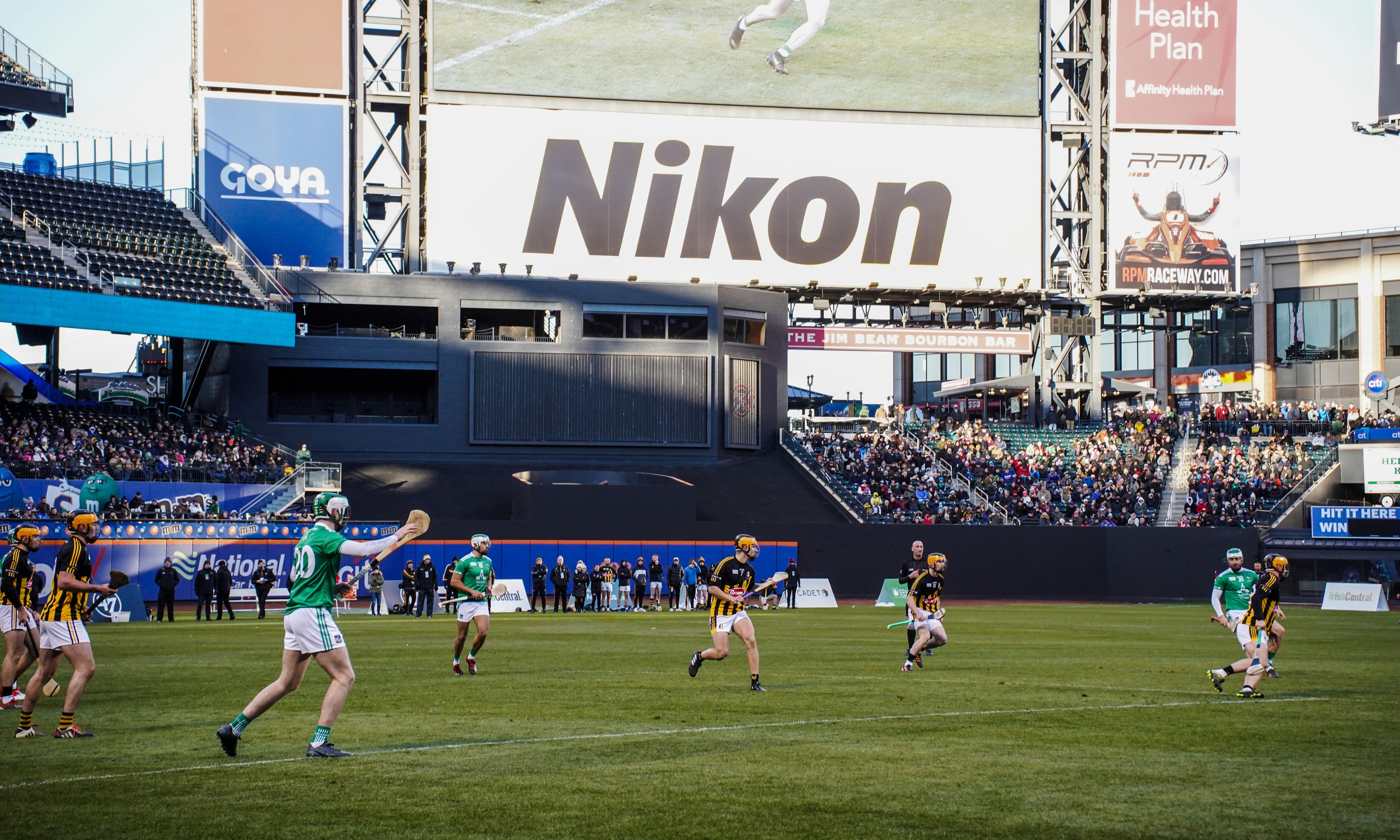 Beer, hot dogs, a New York baseball field and ... hurling?