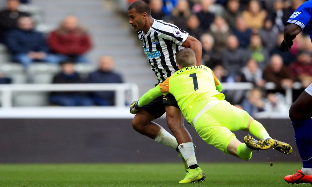 Jordan Pickford brings down Newcastle United's Salomón Rondón to concede a penalty last weekend.
