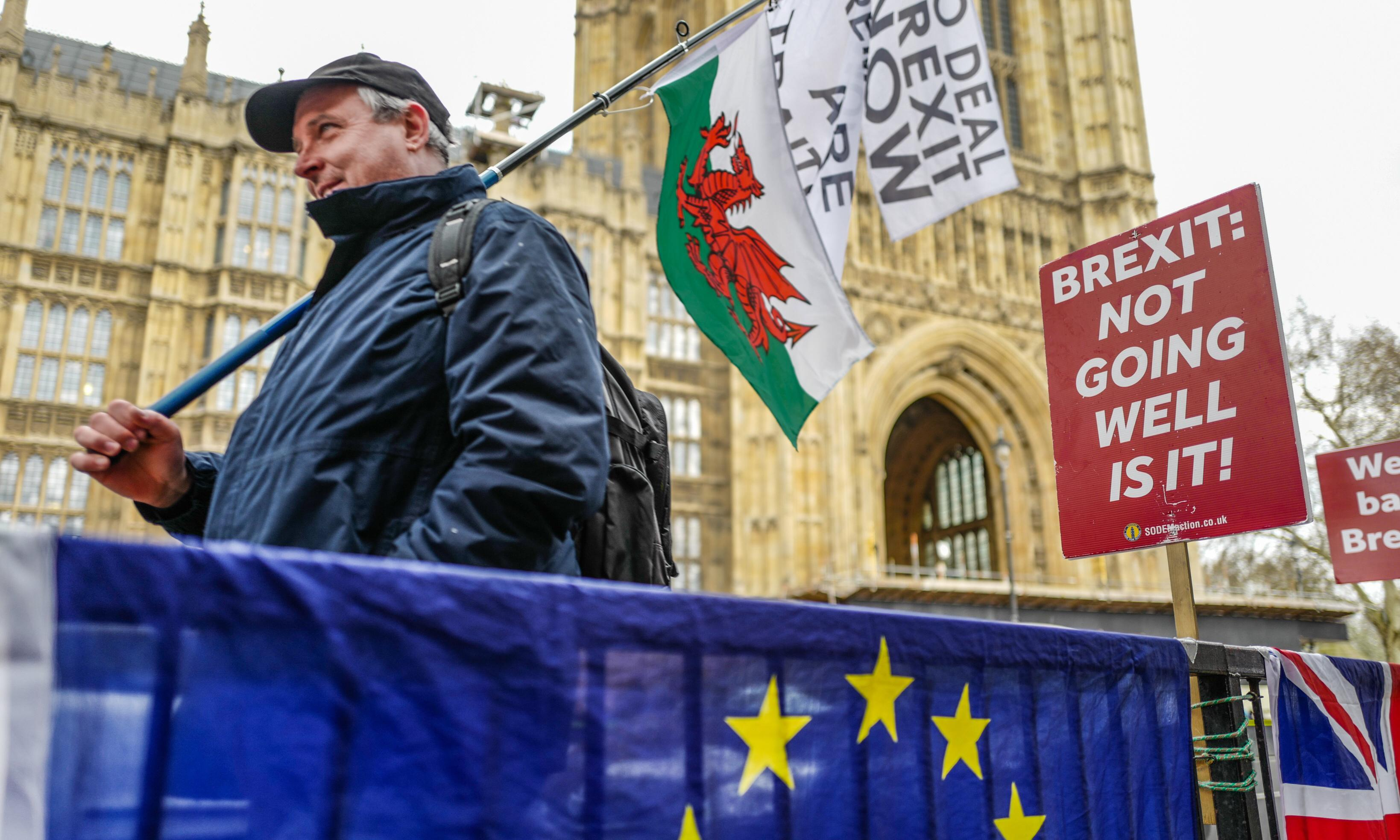 The Guardian view on the Brexit impasse: trust citizens to judge the evidence