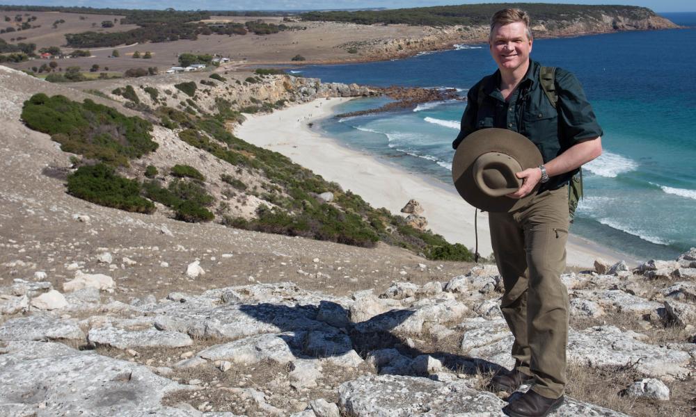 Ray Mears in the Australian Wilderness, ITV.