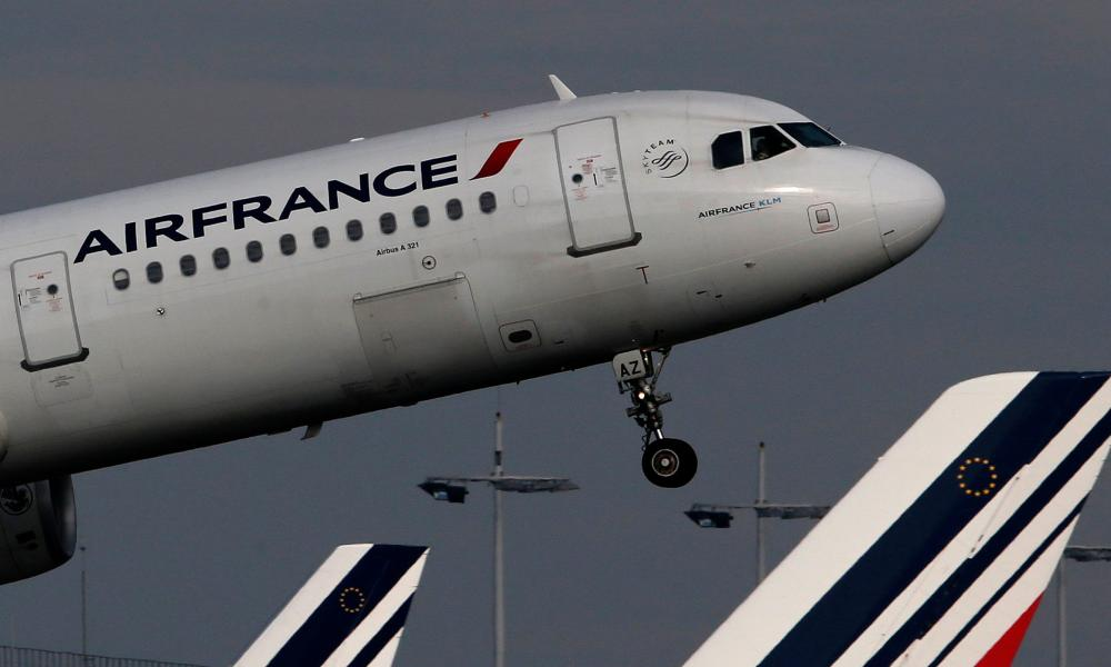 File photo of an Air France Airbus A321 aircraft taking off at the Charles de Gaulle International Airport in Roissy, near Paris