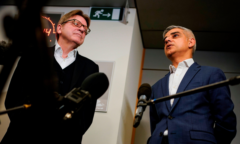 Sadiq Khan urges EU to offer Britons 'associate citizenship'