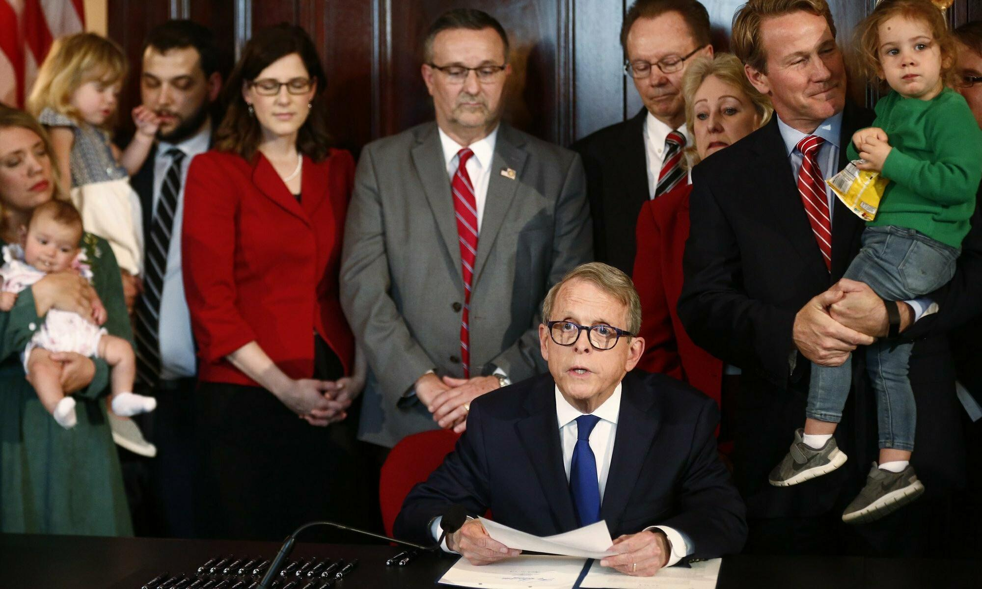 Ohio bill orders doctors to 'reimplant ectopic pregnancy' or face 'abortion murder' charges