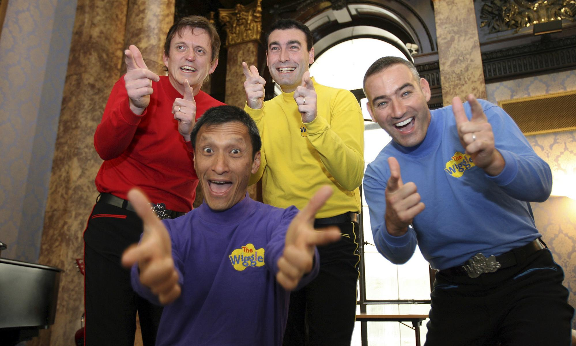 Yellow Wiggle Greg Page collapses after heart attack during bushfire relief concert