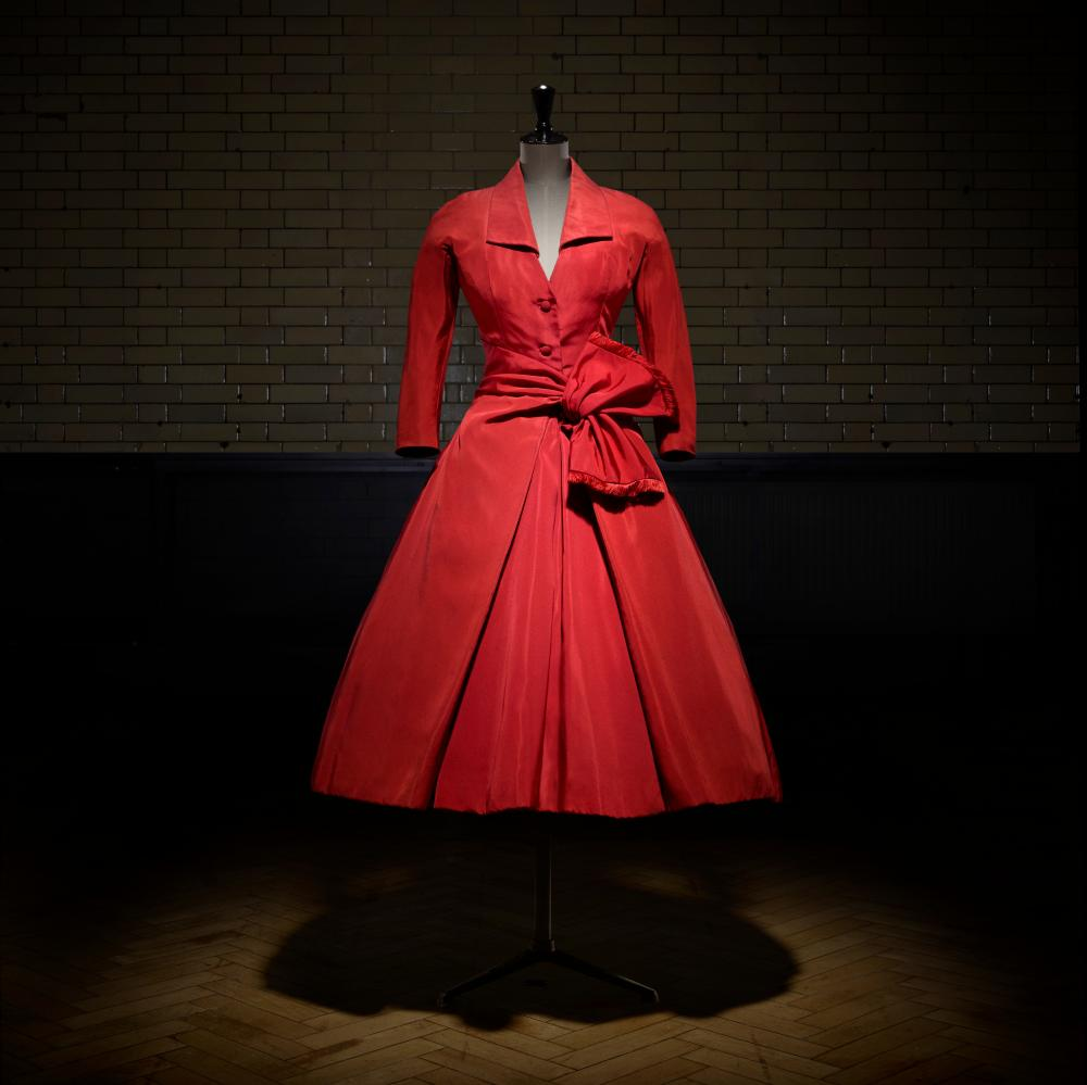 Écarlate afternoon dress, 1955.