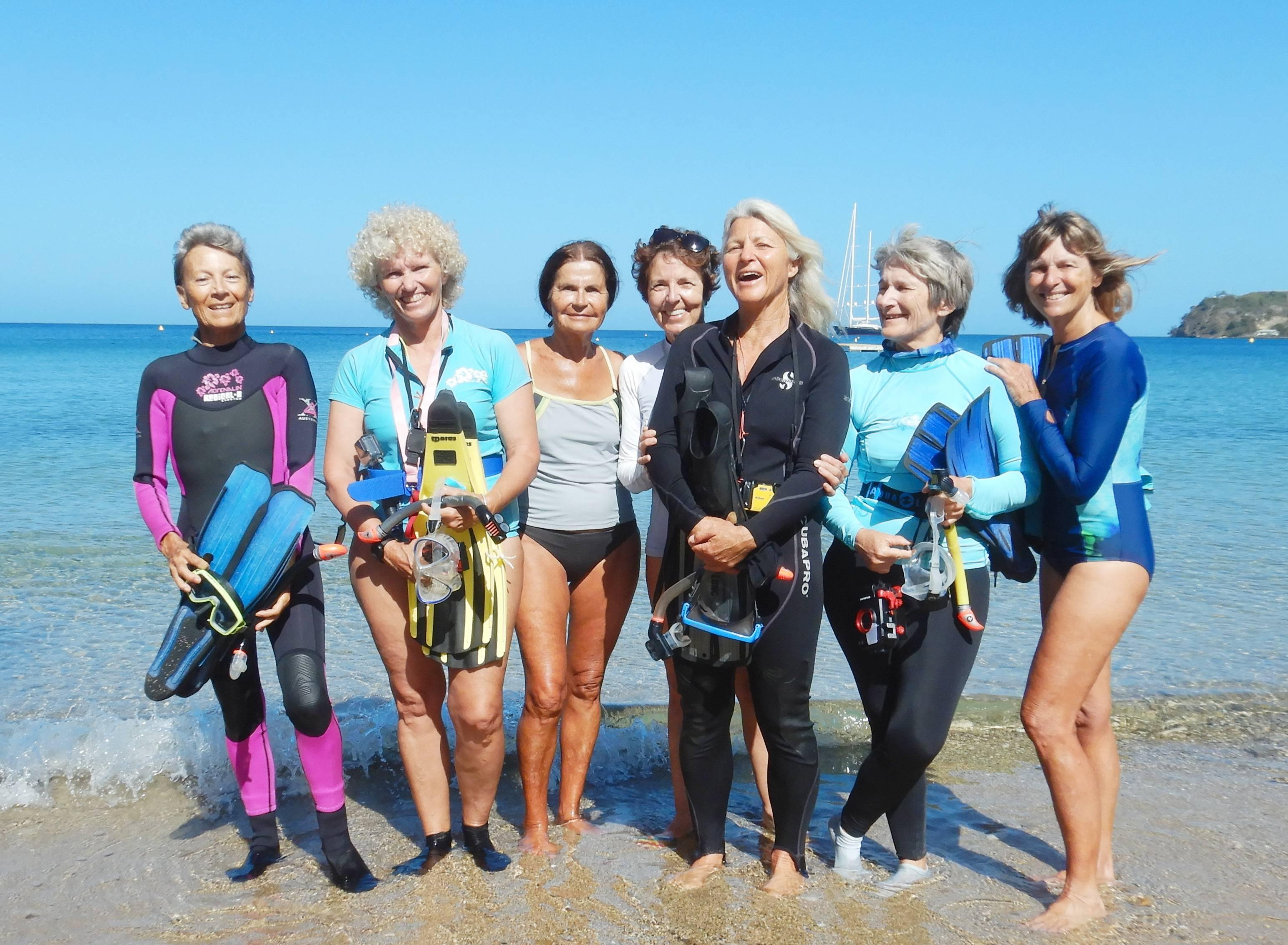 Snorkelling grandmothers uncover large population of venomous sea snakes in Noumea