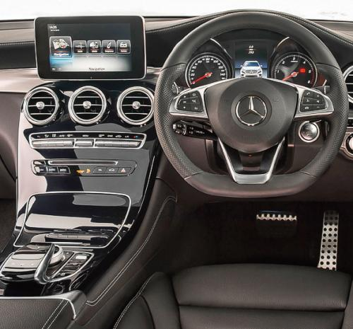 Mercedes GLC 250 d 4Matic AMG line interior
