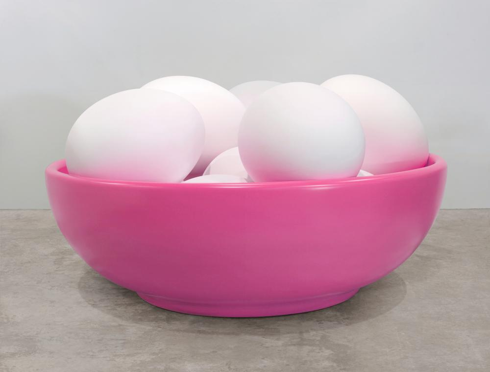 Bowl with Eggs (Pink), 1994-2009 © Jeff Koons