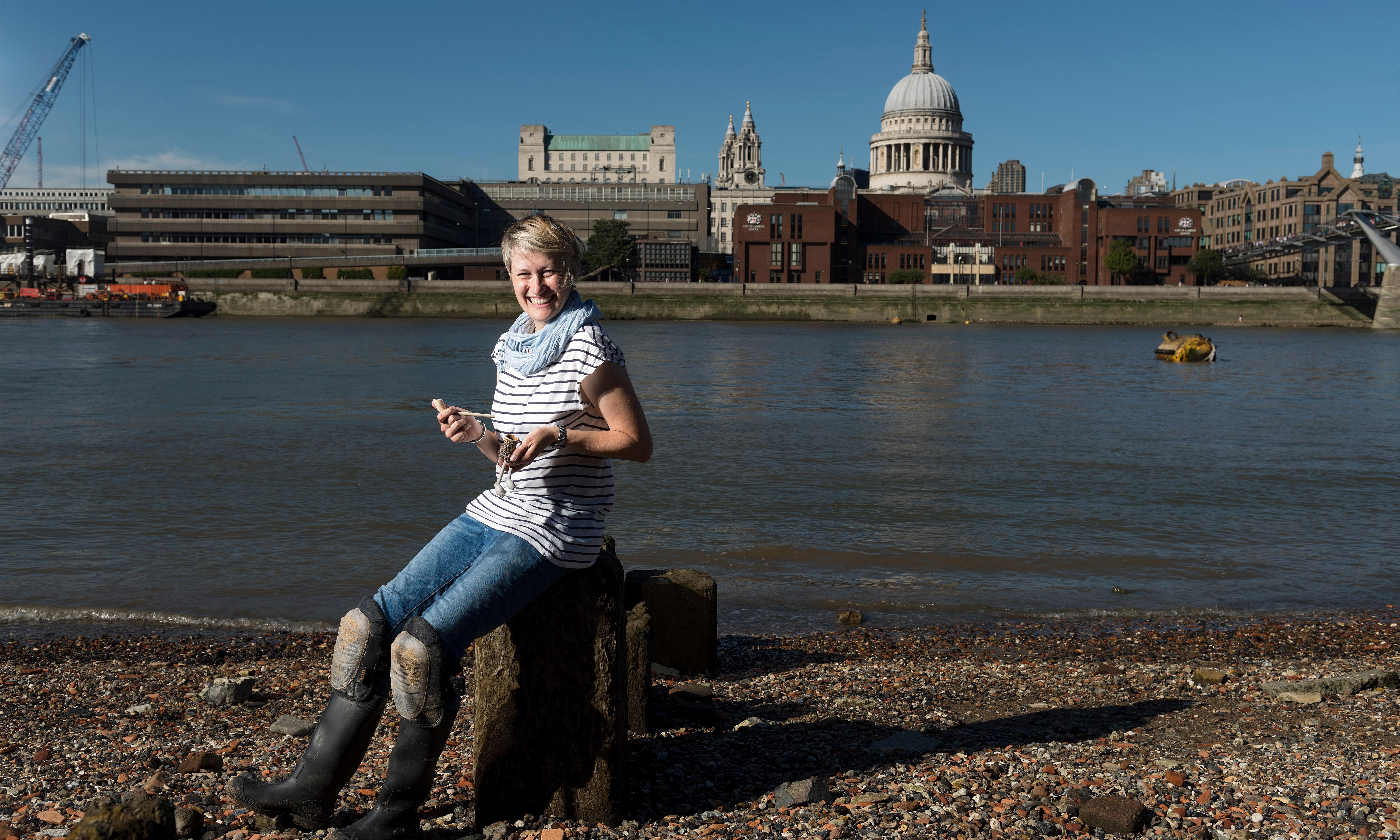 'I'm obsessed': mudlarking for treasure along the Thames