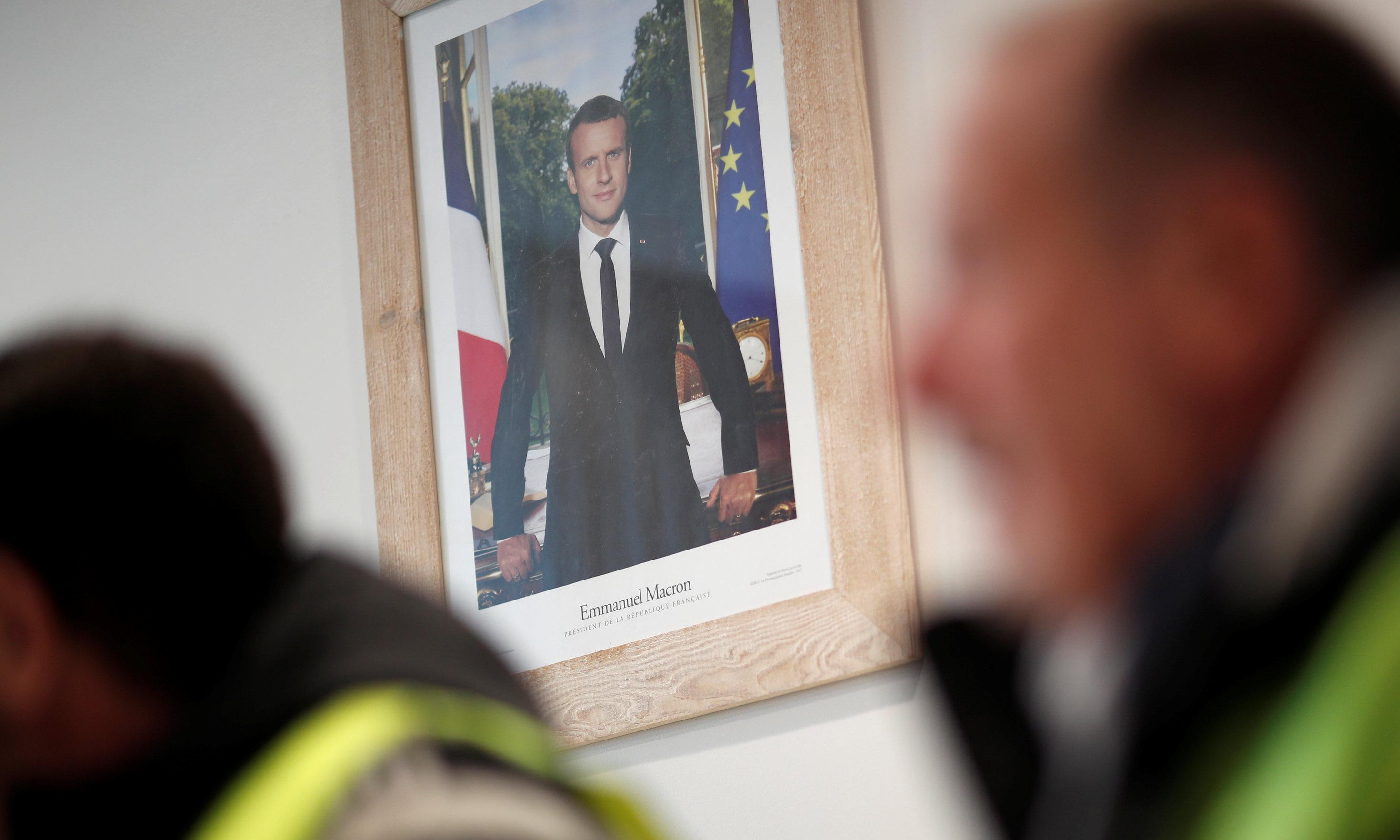 Protesters who took Macron portrait acquitted on grounds of climate crisis