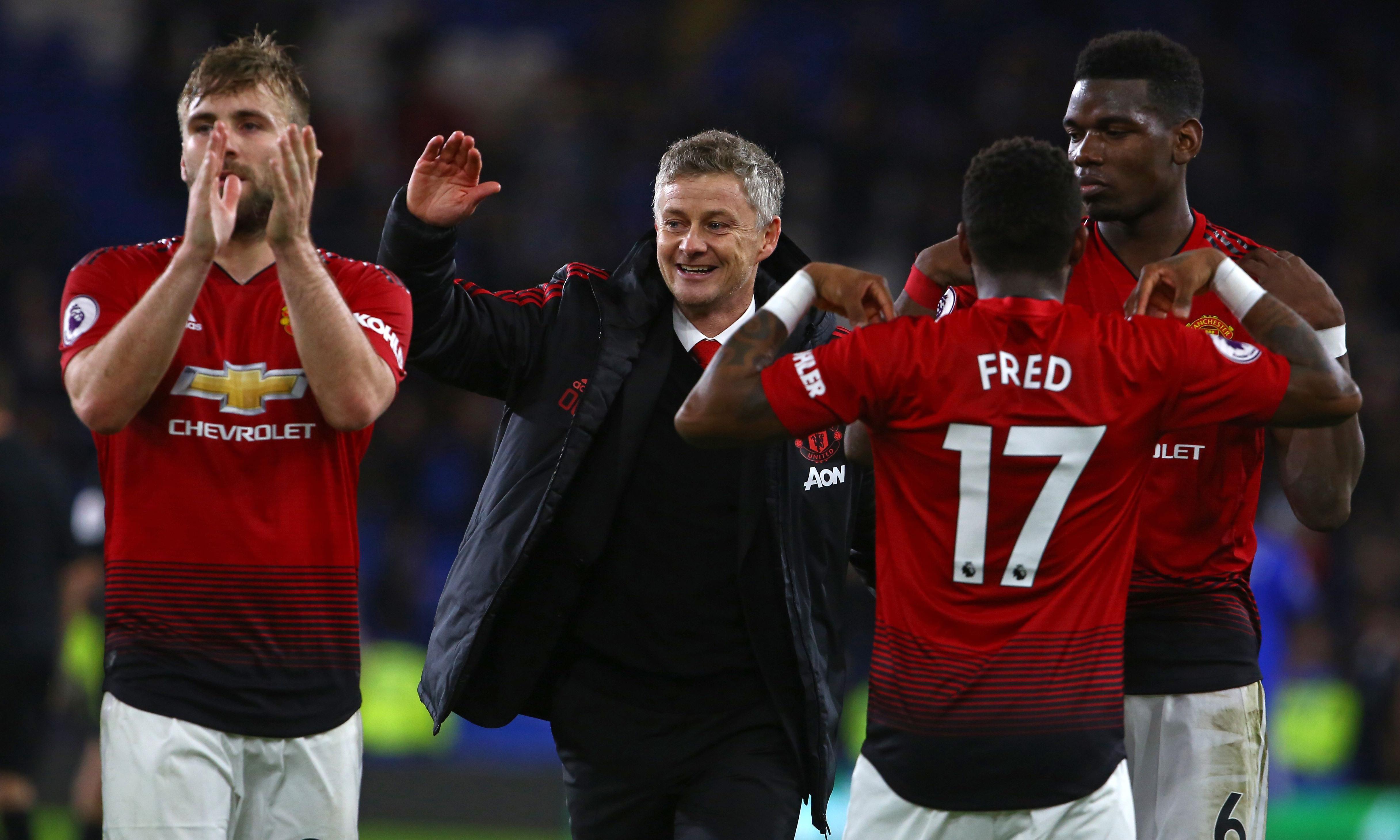 Ed Woodward backs Solskjær after Manchester United post strong finances