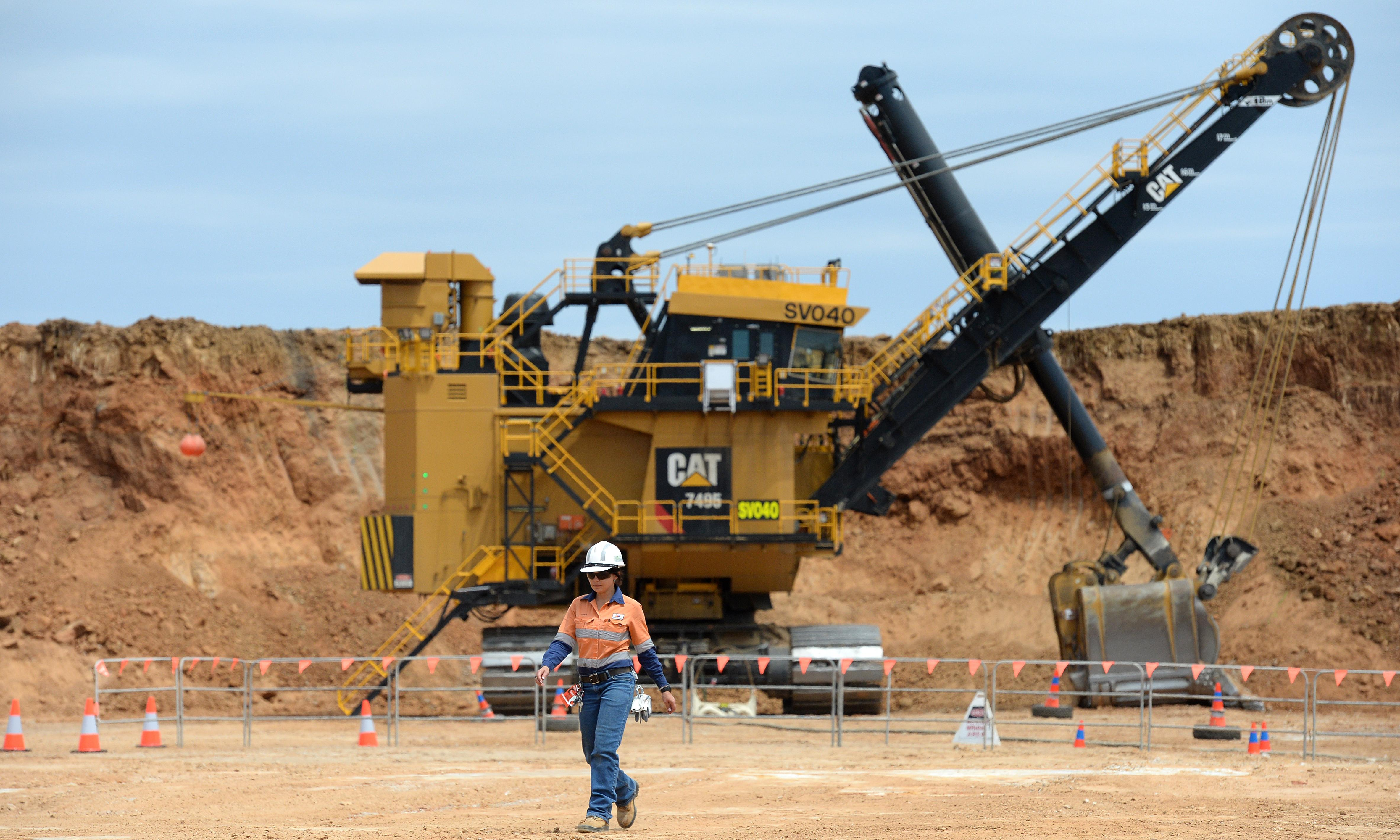 Mining lobbyists access Queensland government 214 times in six years