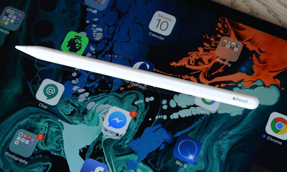 apple ipad pro with apple pencil stylus