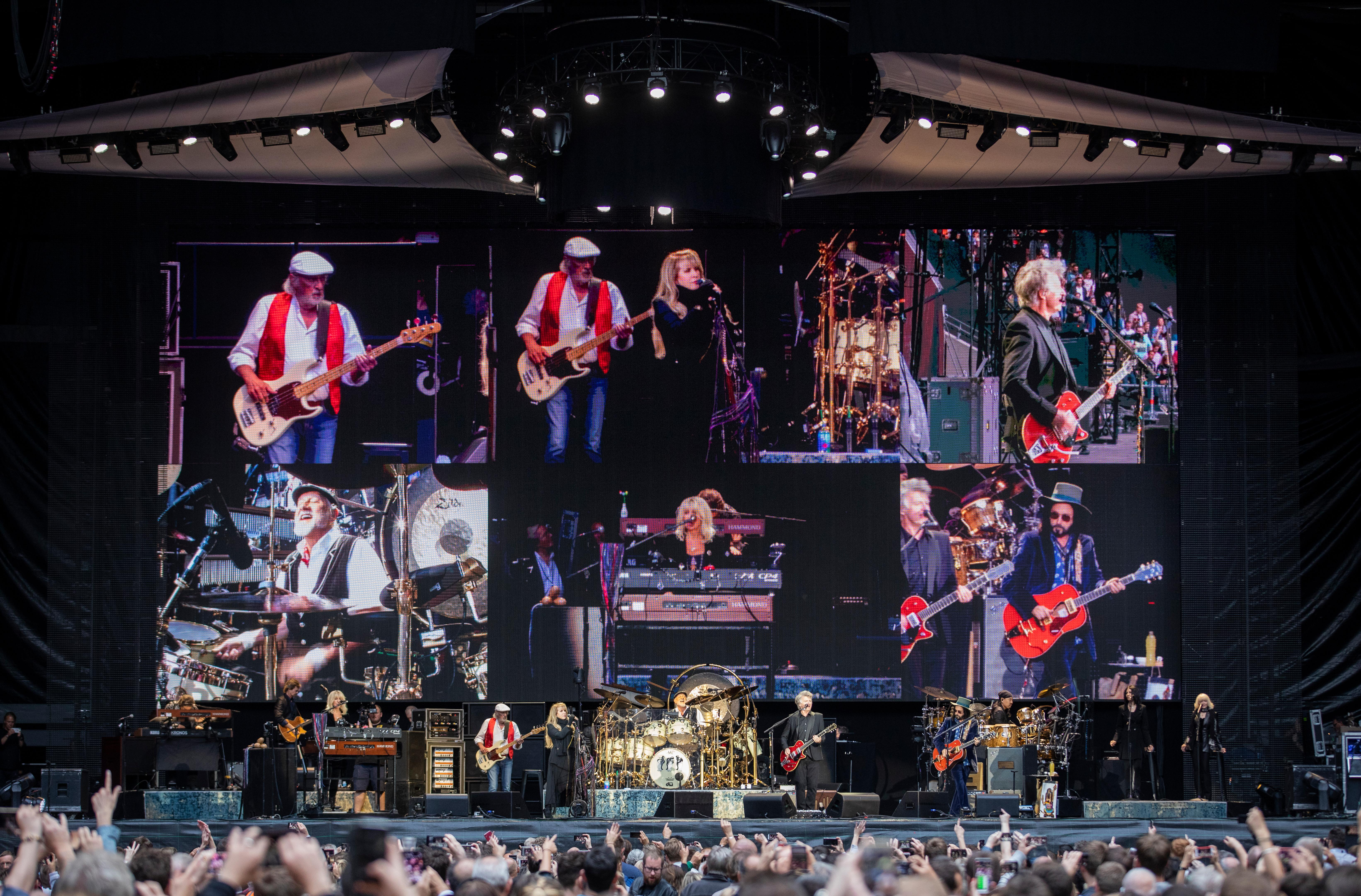 Fleetwood Mac review – all the hits, with a sour aftertaste
