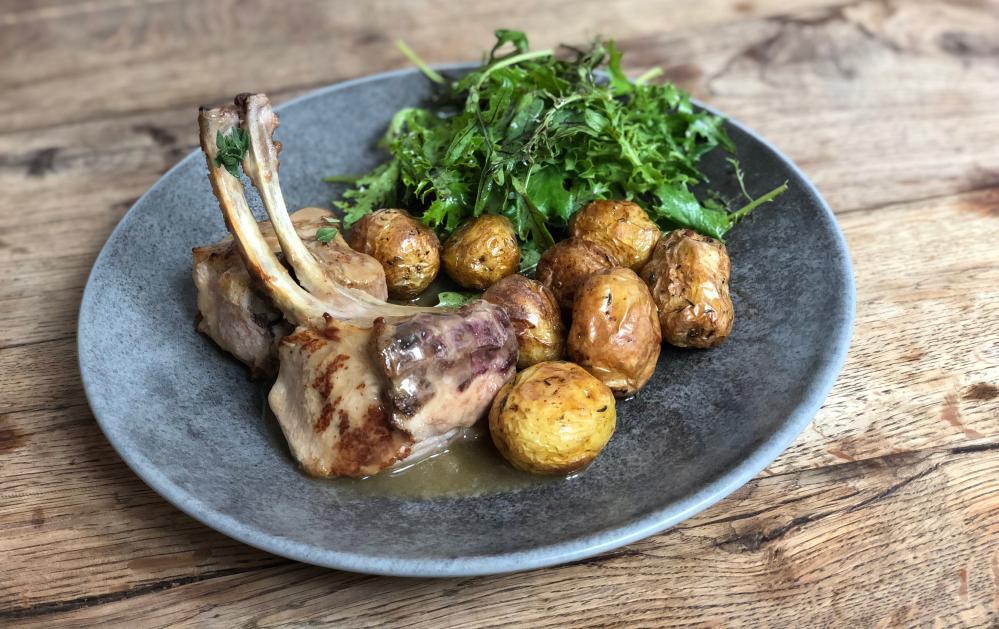 a lamb dish at Bistrot du Port, Penn Lann, Billiers, France.