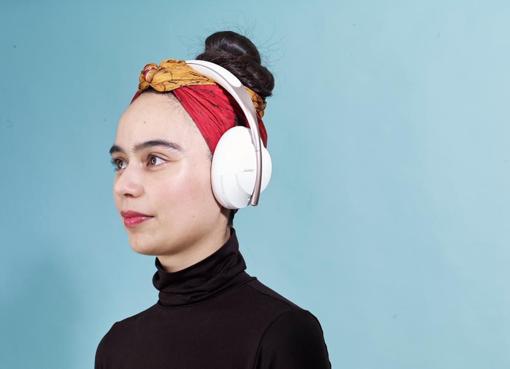 bose 700 headphones.