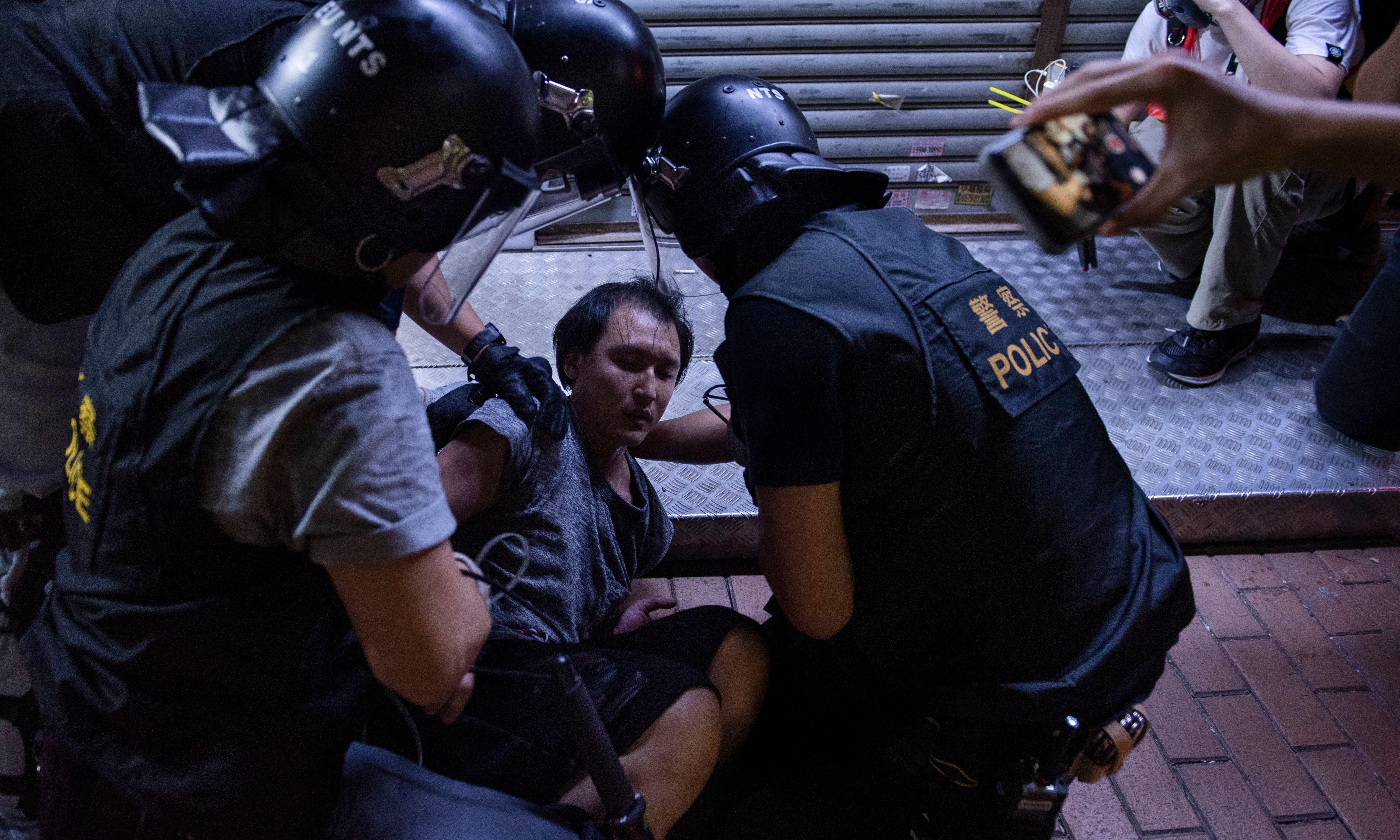 Hong Kong protests: Australia issues travel alert as China warns of worst crisis since 1997