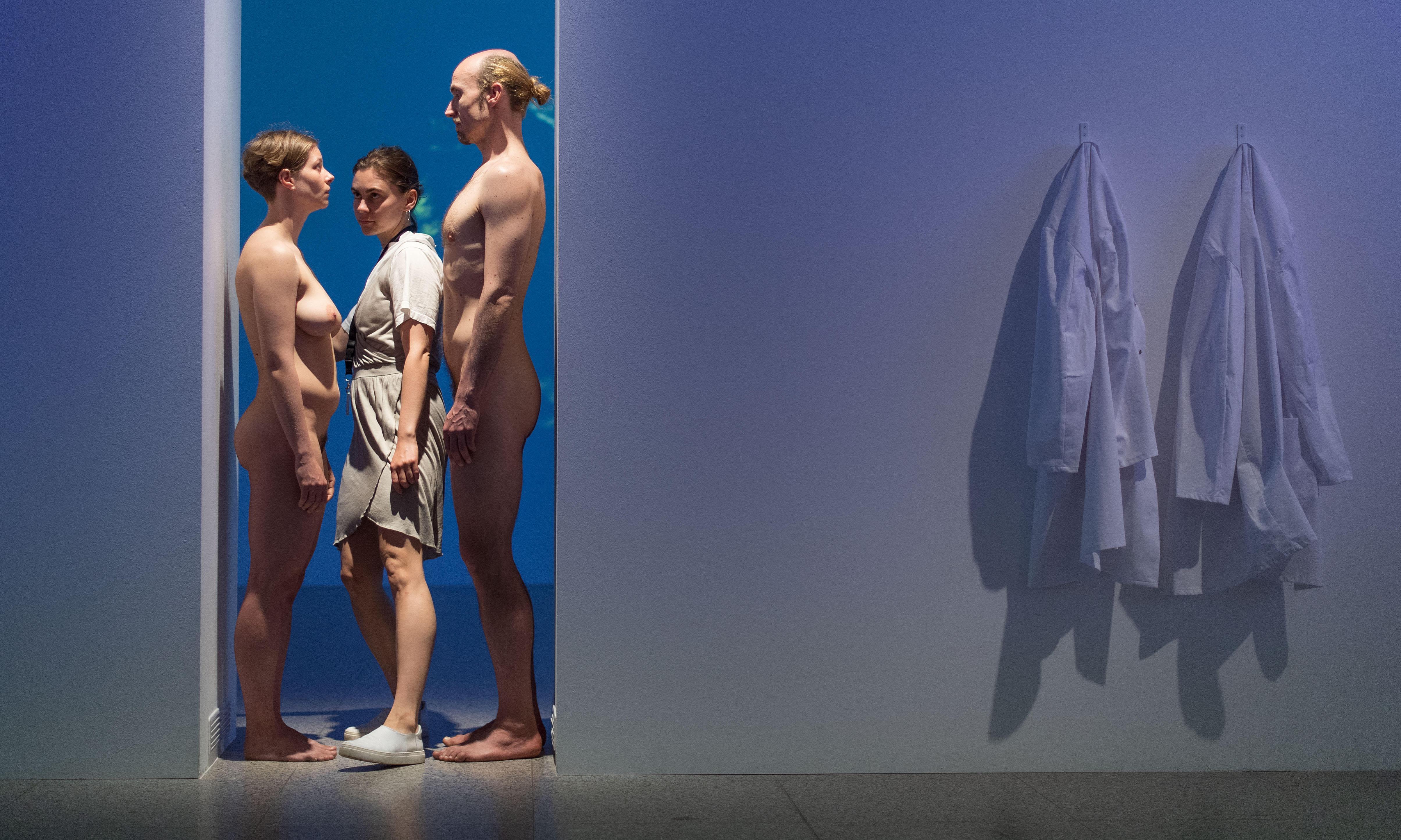 Marina Abramović's naked living doorway to be recreated at RA