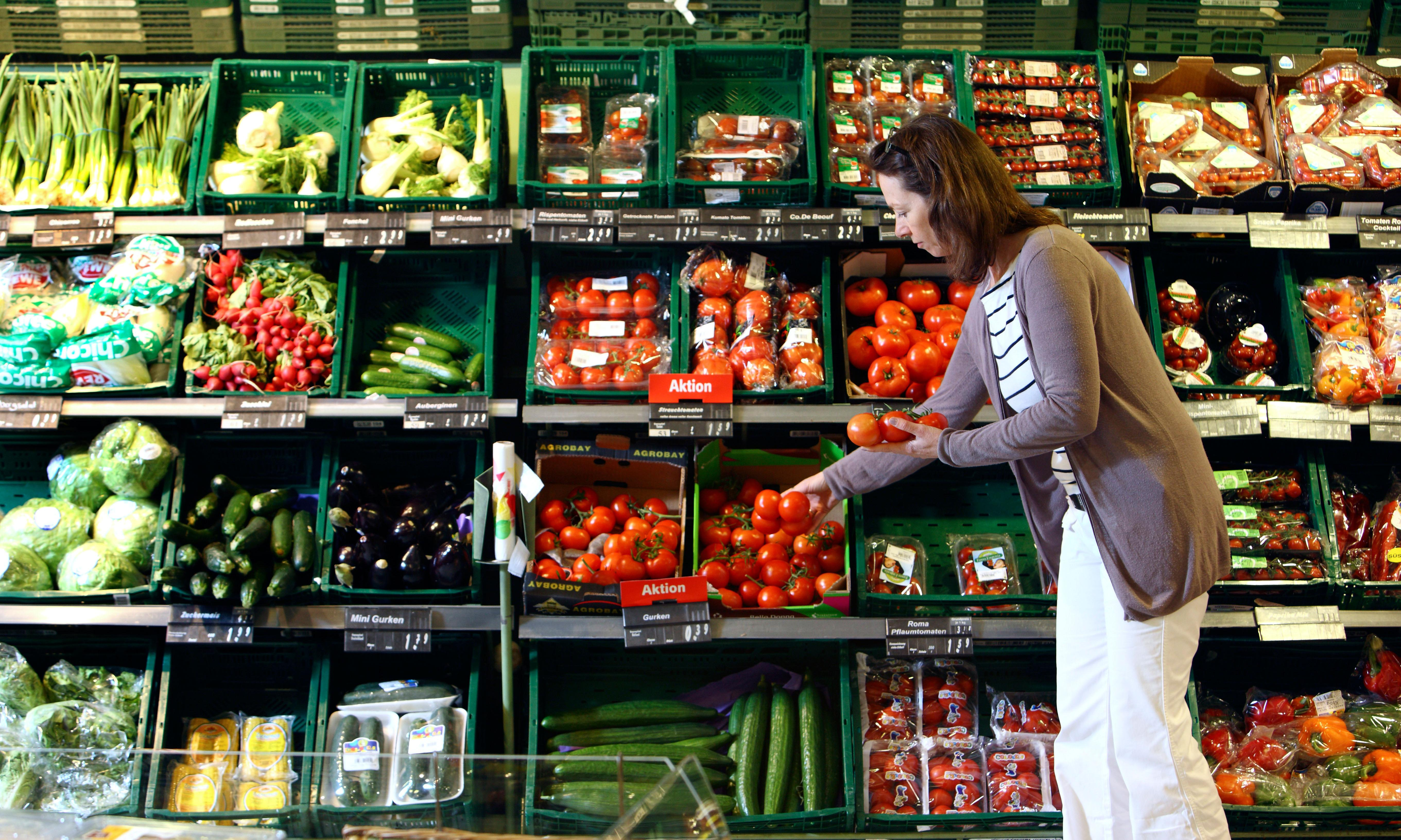 Being vegetarian 'lowers heart disease risk but increases chance of stroke'