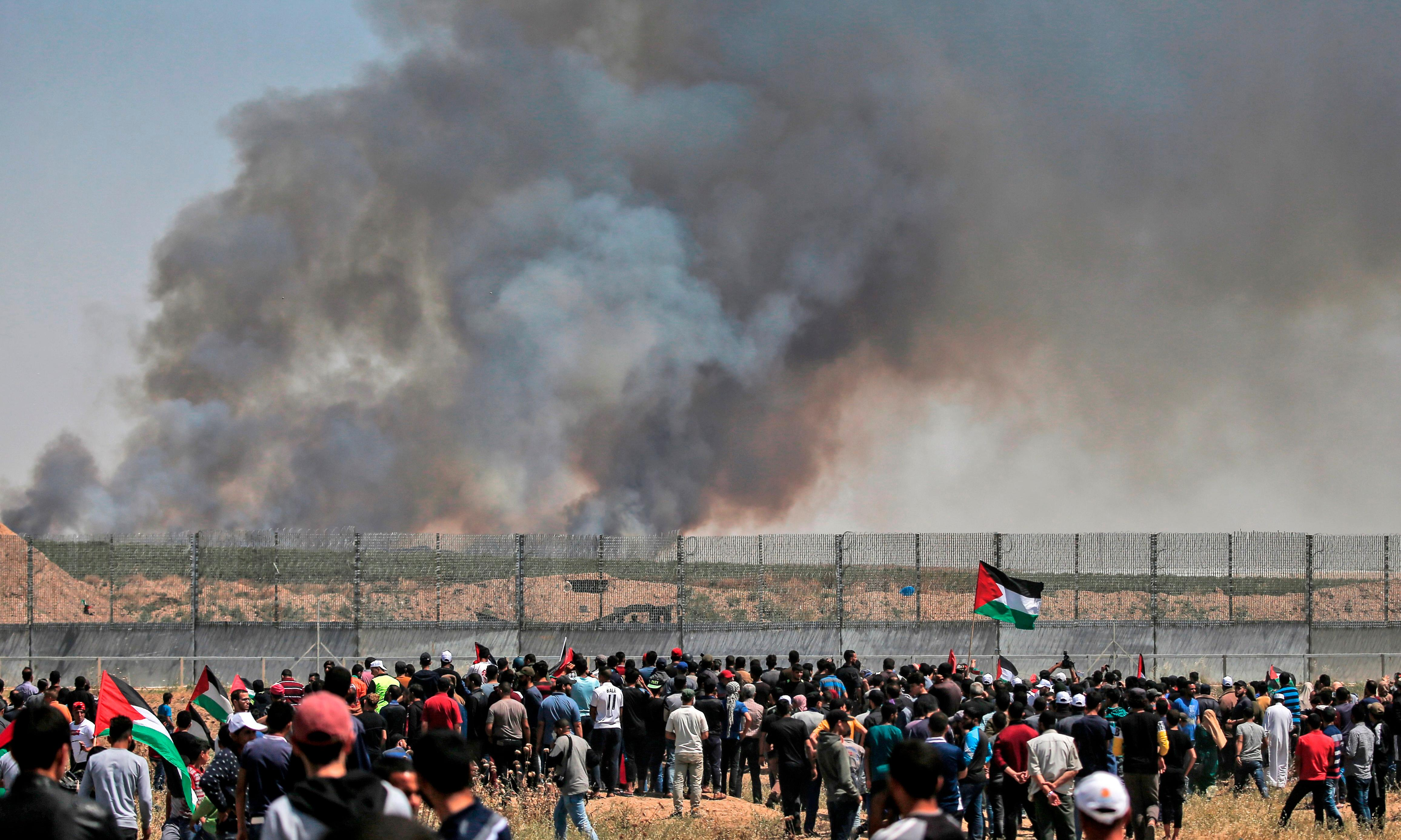 Israeli forces shoot 16 Palestinian protesters at Gaza frontier