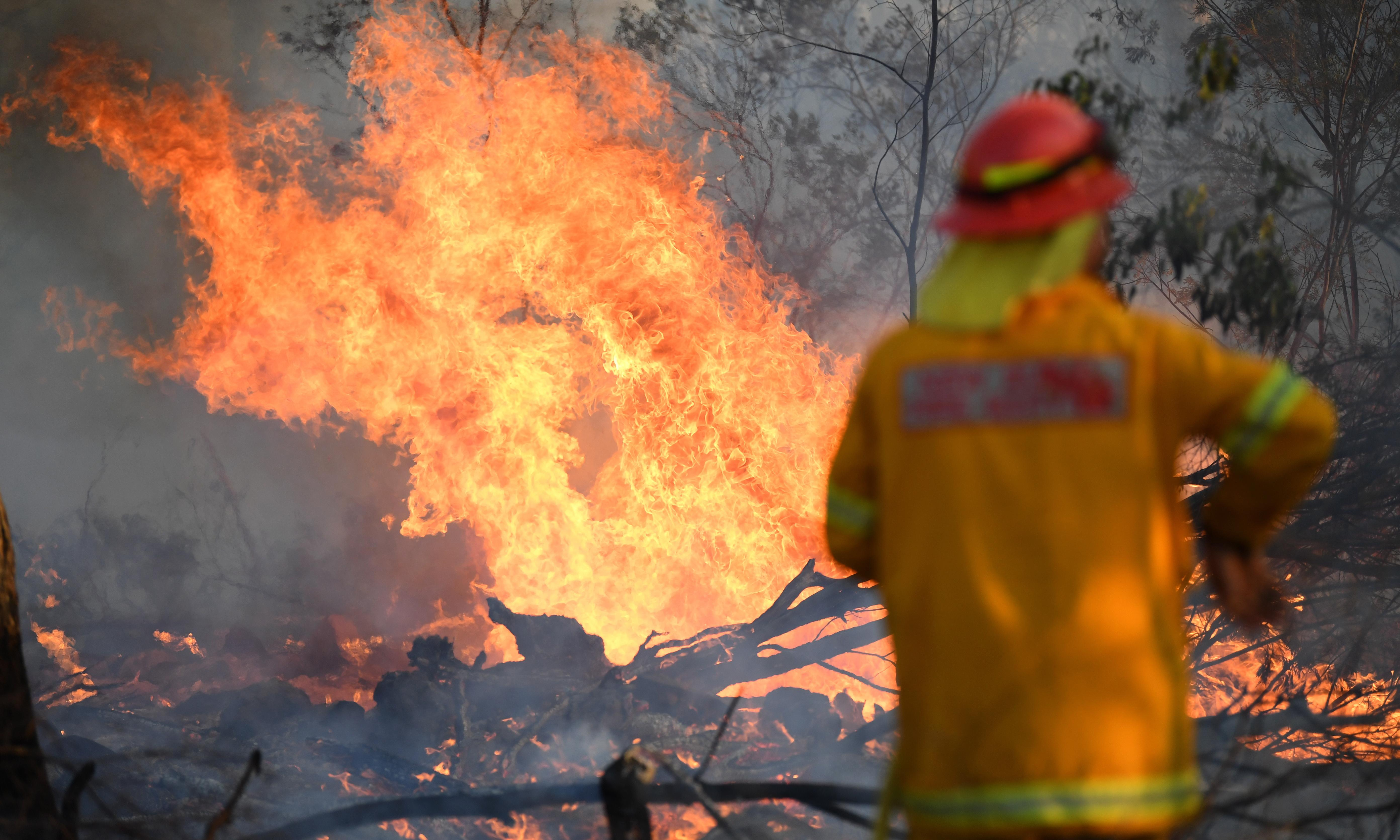 Australia fires: nation braces for 'most dangerous bushfire week ever seen'