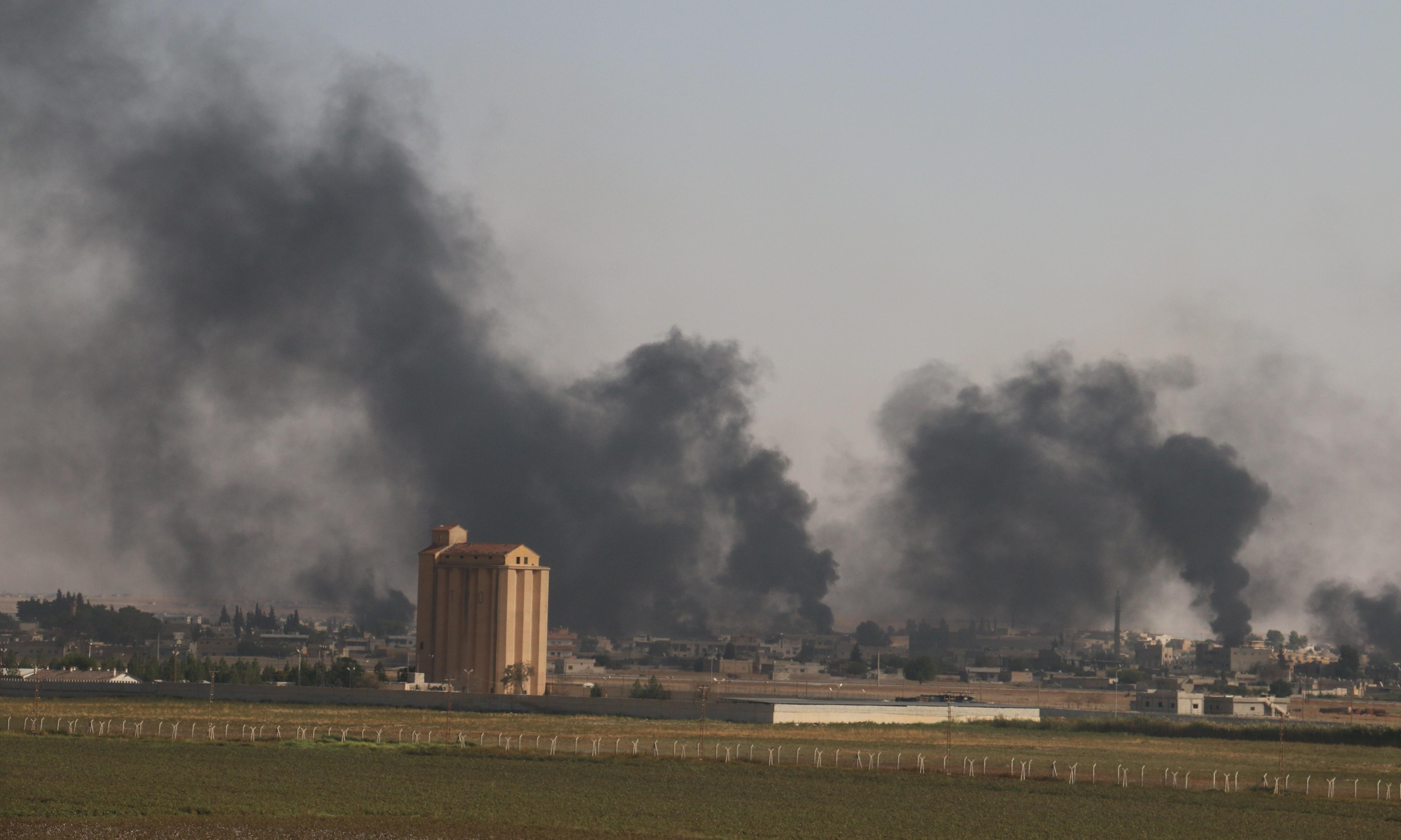 US warns Turkey of red lines as Syria offensive death toll mounts