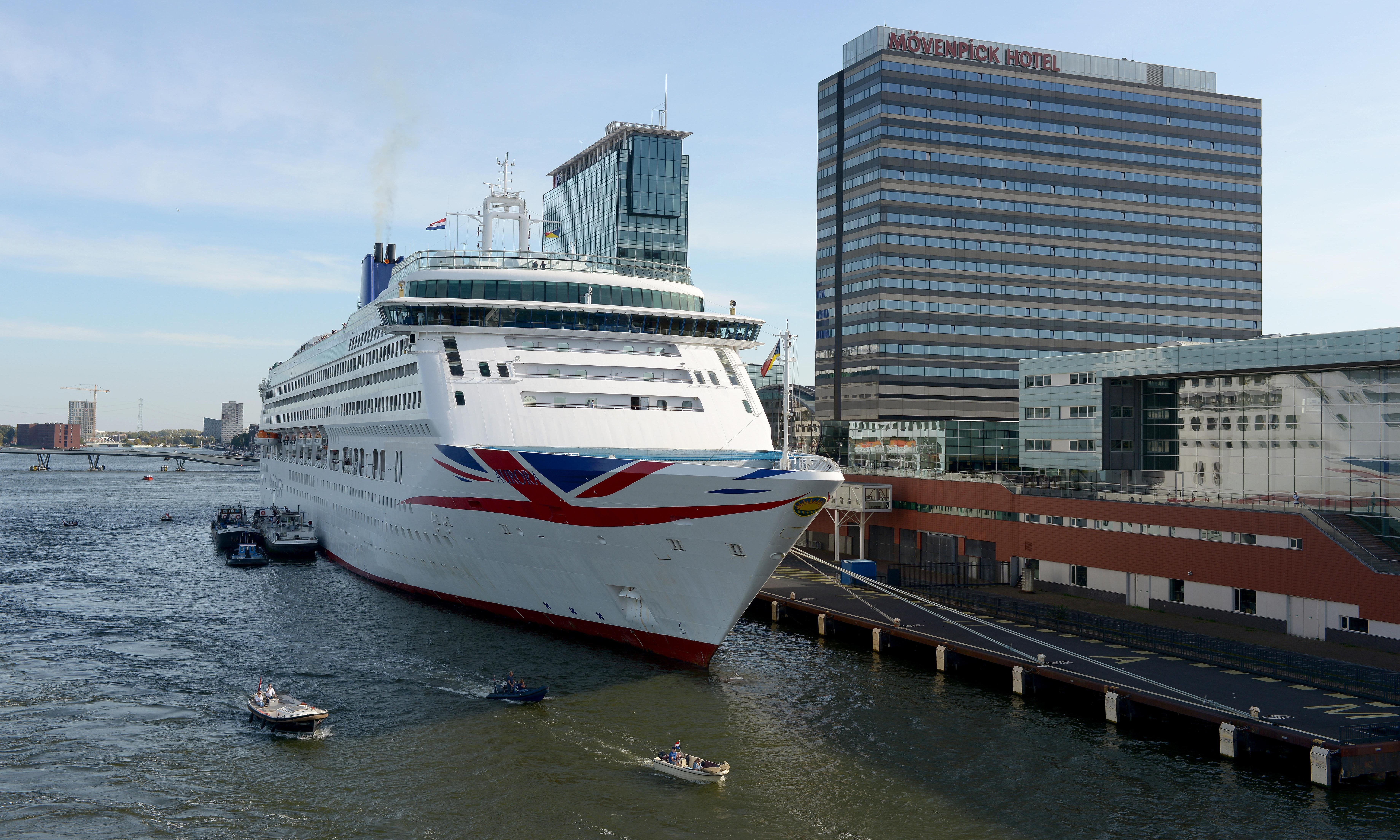 Why did P&O use a shuttle bus on our cruise to Amsterdam?