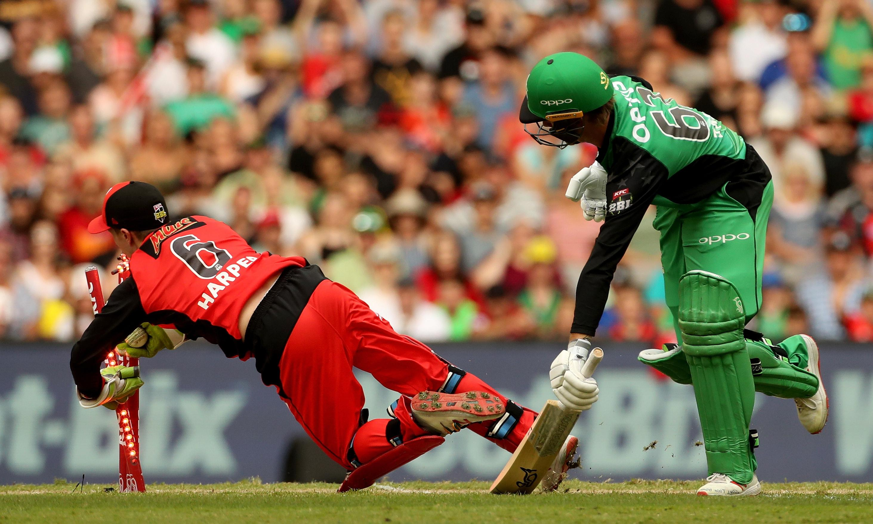 Stars implode to hand Renegades their first Big Bash title