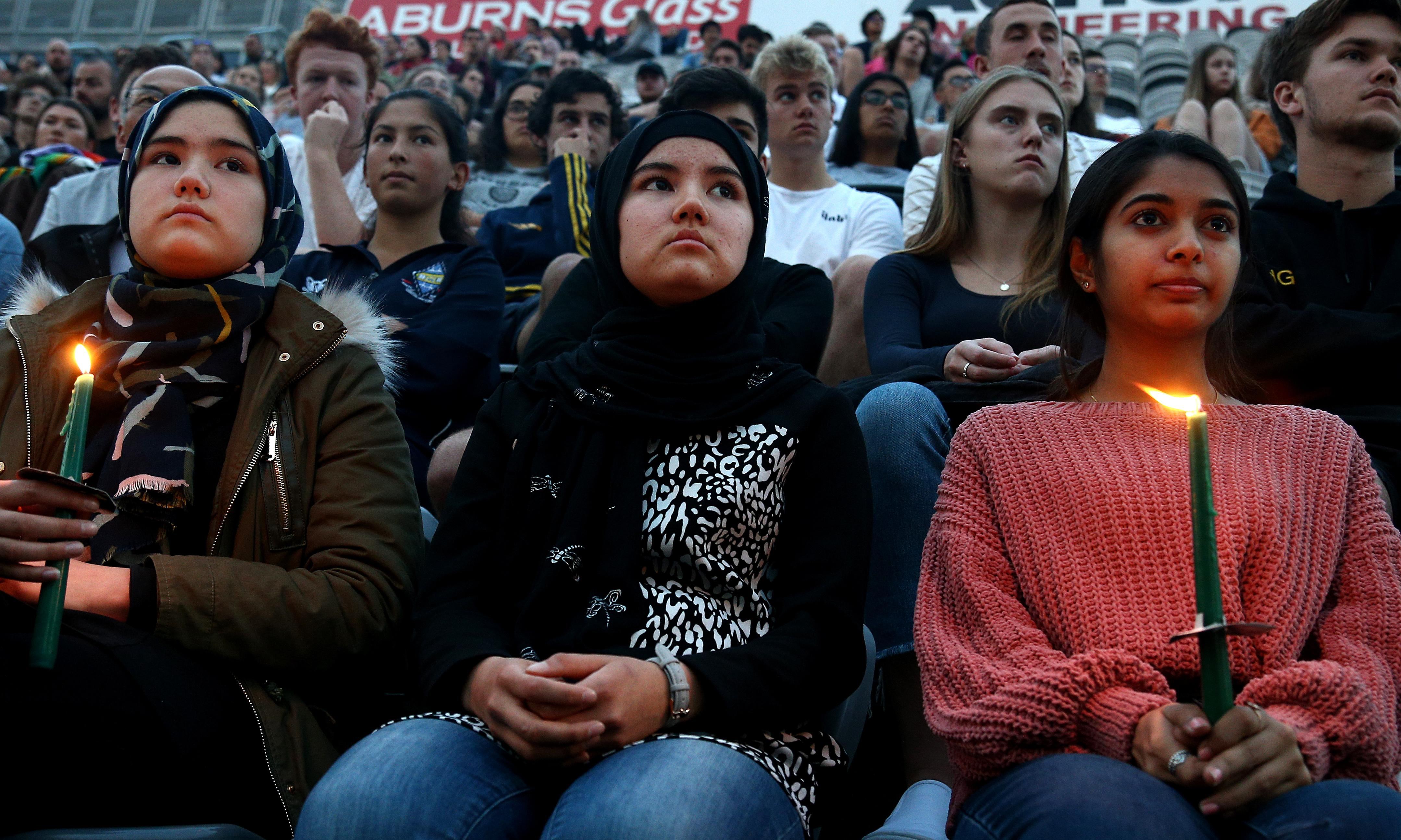 Thousands attend vigil in Dunedin for victims of Christchurch attack