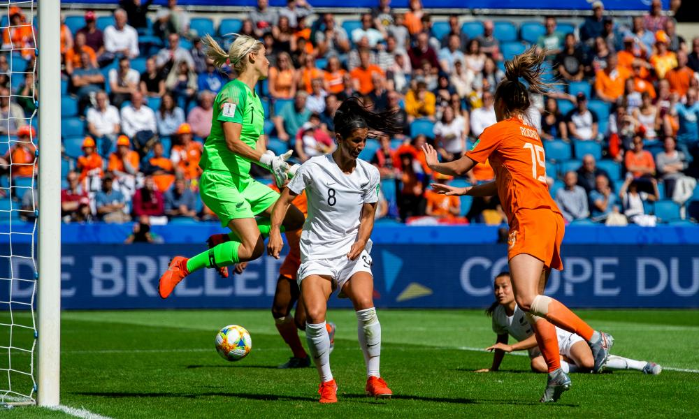 New Zealand's Erin Naylor (in goal) and Abby Erceg (No 8) are unable to stop Jill Roord's winner for the Netherlands