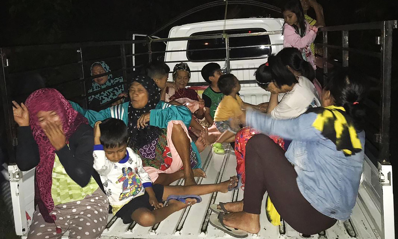 Strong earthquake hits Indonesia, triggering brief tsunami warning